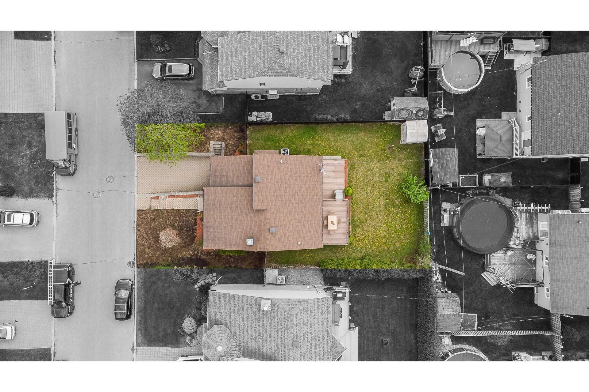 image 26 - Casa In Vendita Vimont Laval  - 9 stanze