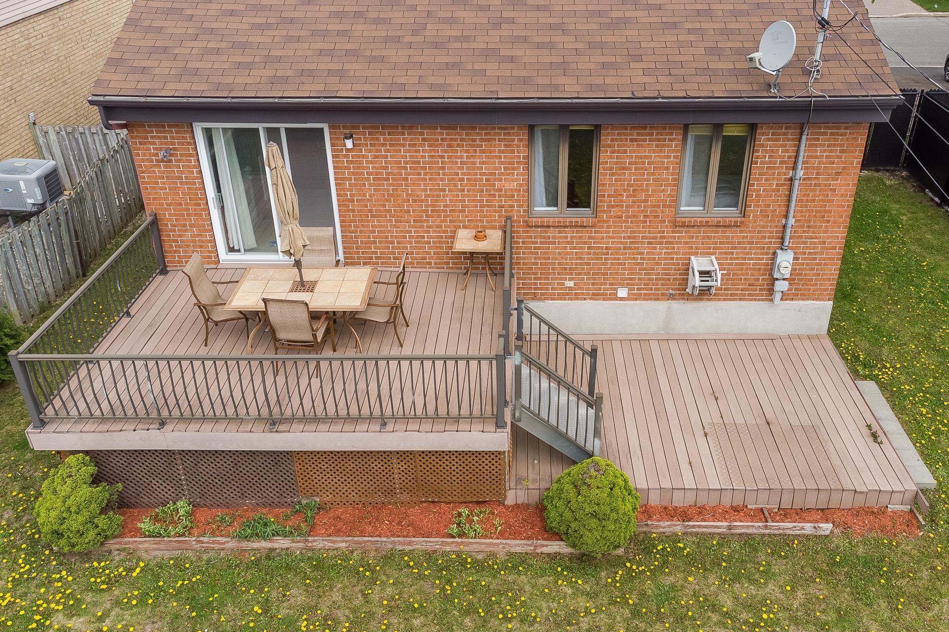 image 31 - Casa In Vendita Vimont Laval  - 9 stanze