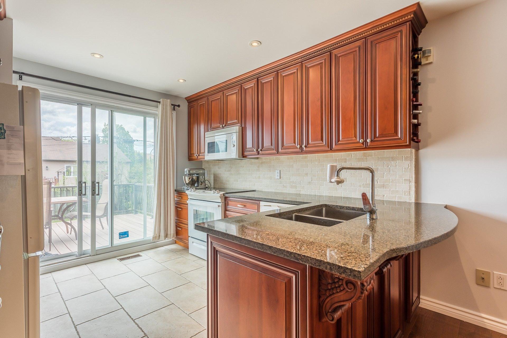 image 13 - Casa In Vendita Vimont Laval  - 9 stanze