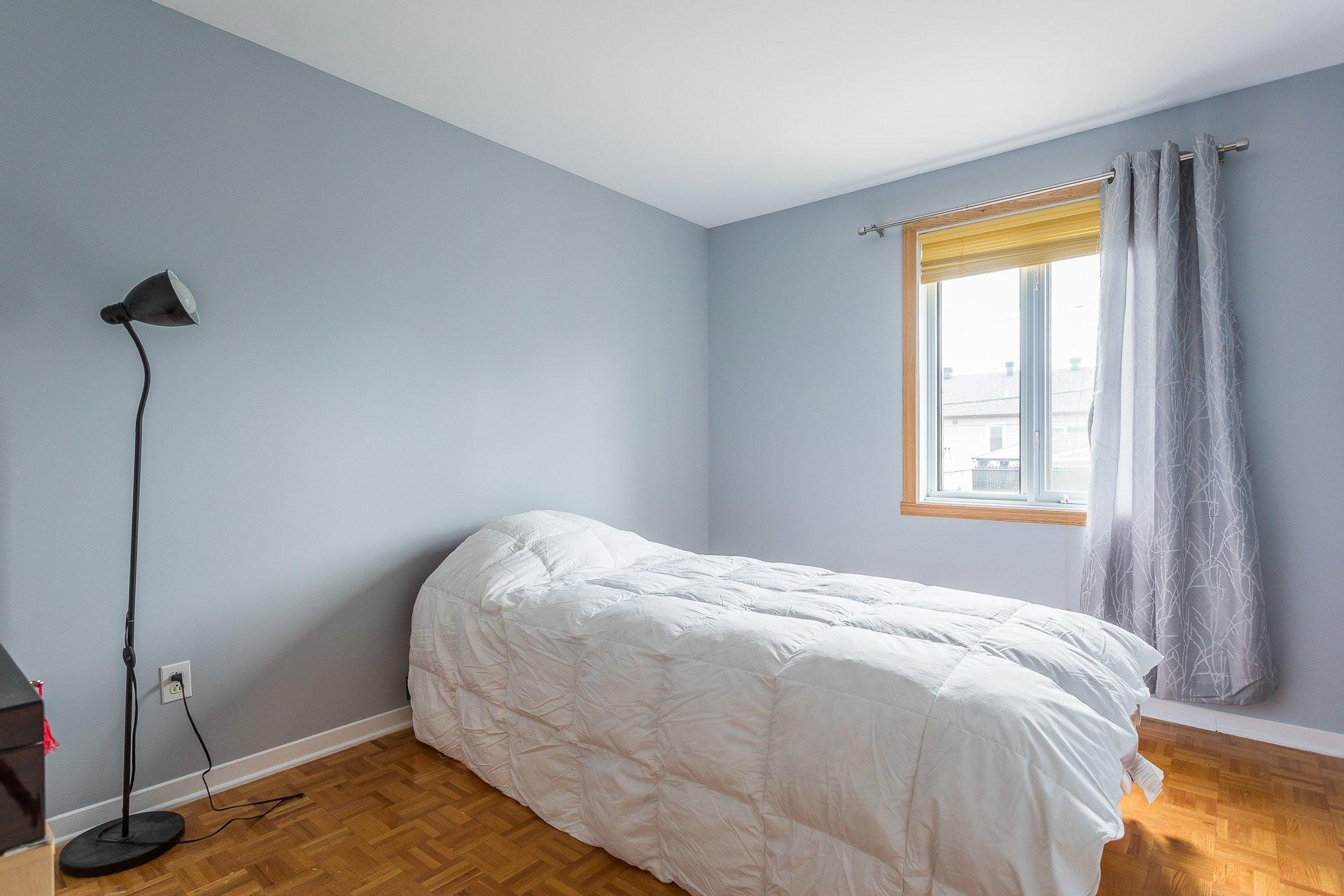 image 15 - Casa In Vendita Vimont Laval  - 9 stanze
