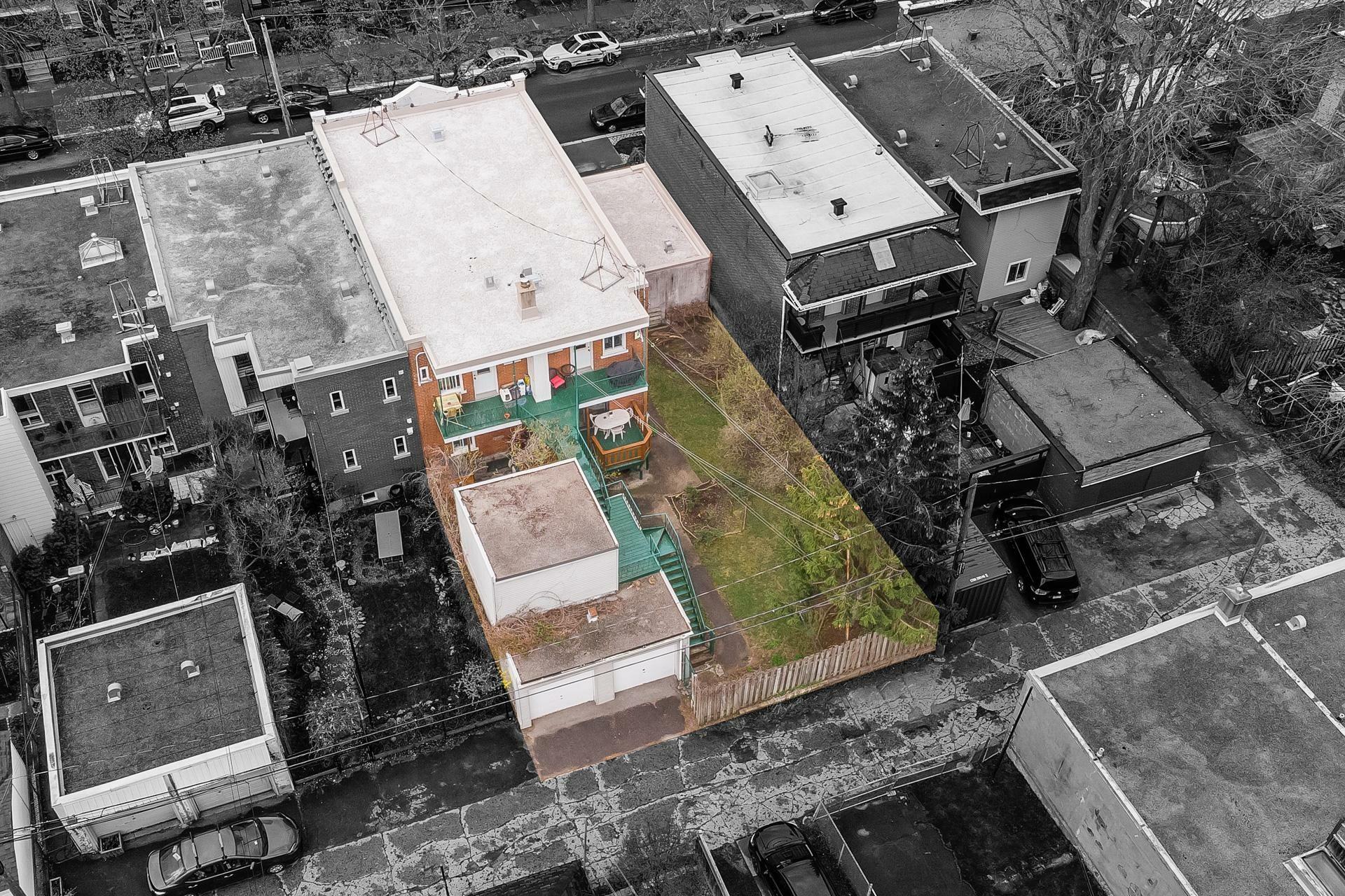 image 2 - Triplex In Vendita Rosemont/La Petite-Patrie Montréal  - 10 stanze