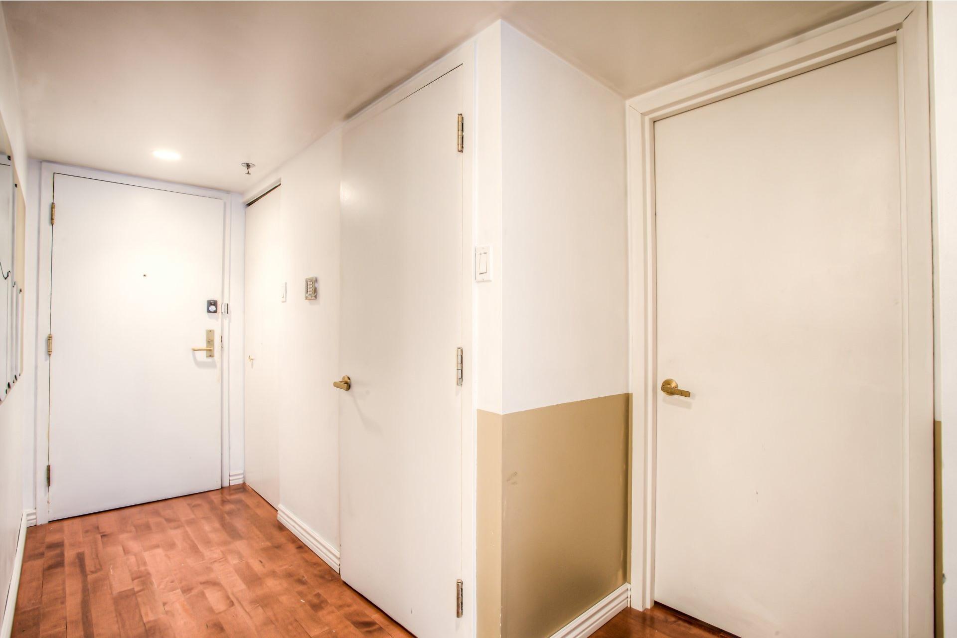 image 14 - 公寓 出售 Ville-Marie Montréal  - 5 室