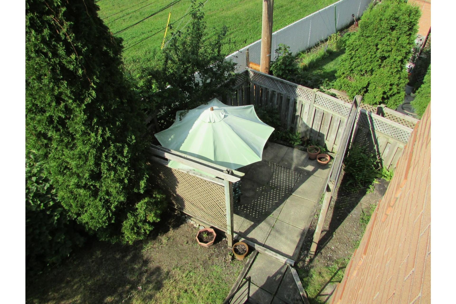 image 14 - House For sale Sainte-Dorothée Laval  - 7 rooms