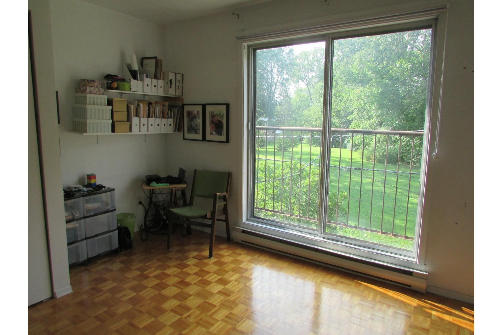 image 11 - House For sale Sainte-Dorothée Laval  - 7 rooms