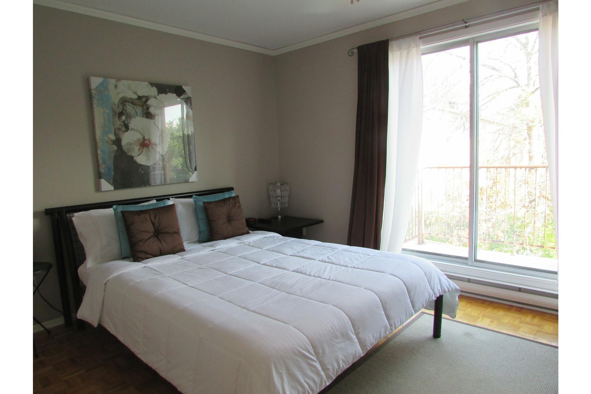 image 8 - House For sale Sainte-Dorothée Laval  - 7 rooms