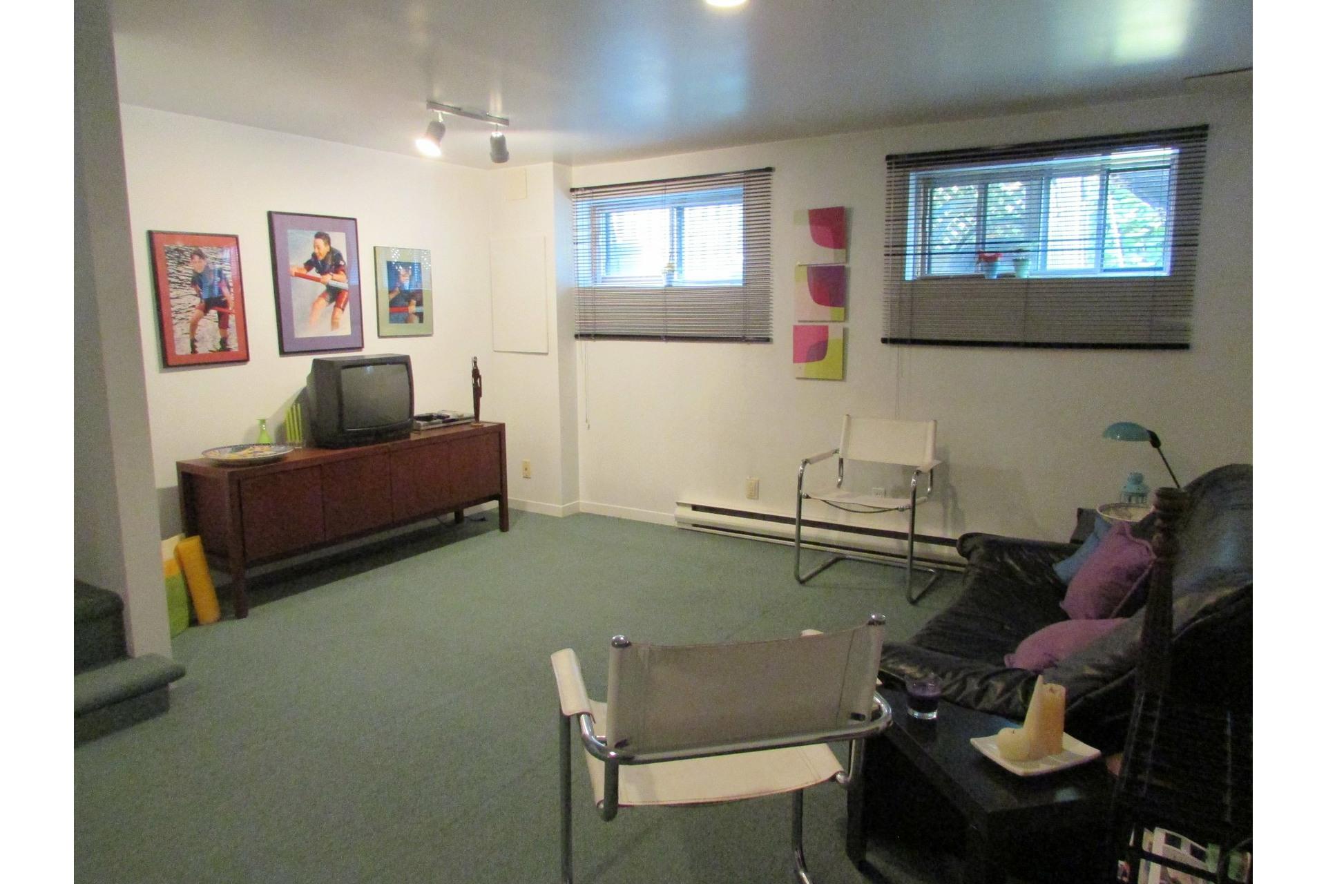 image 19 - House For sale Sainte-Dorothée Laval  - 7 rooms