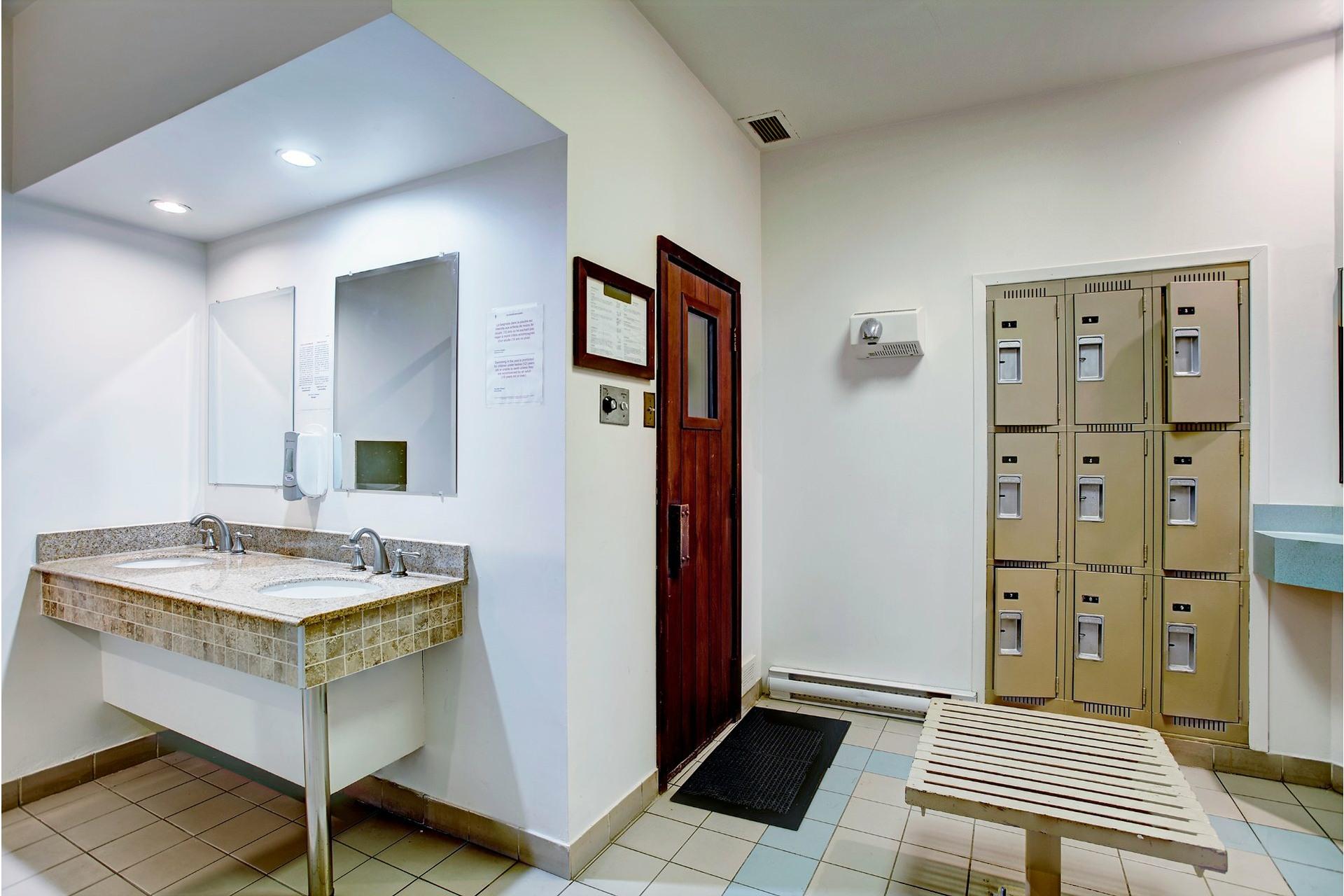 image 33 - Apartment For rent Saint-Laurent Montréal  - 8 rooms
