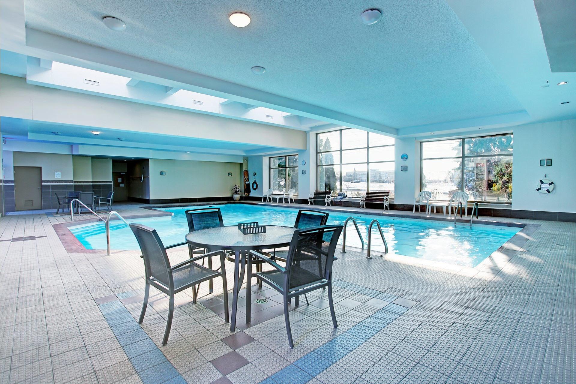 image 27 - Apartment For rent Saint-Laurent Montréal  - 8 rooms