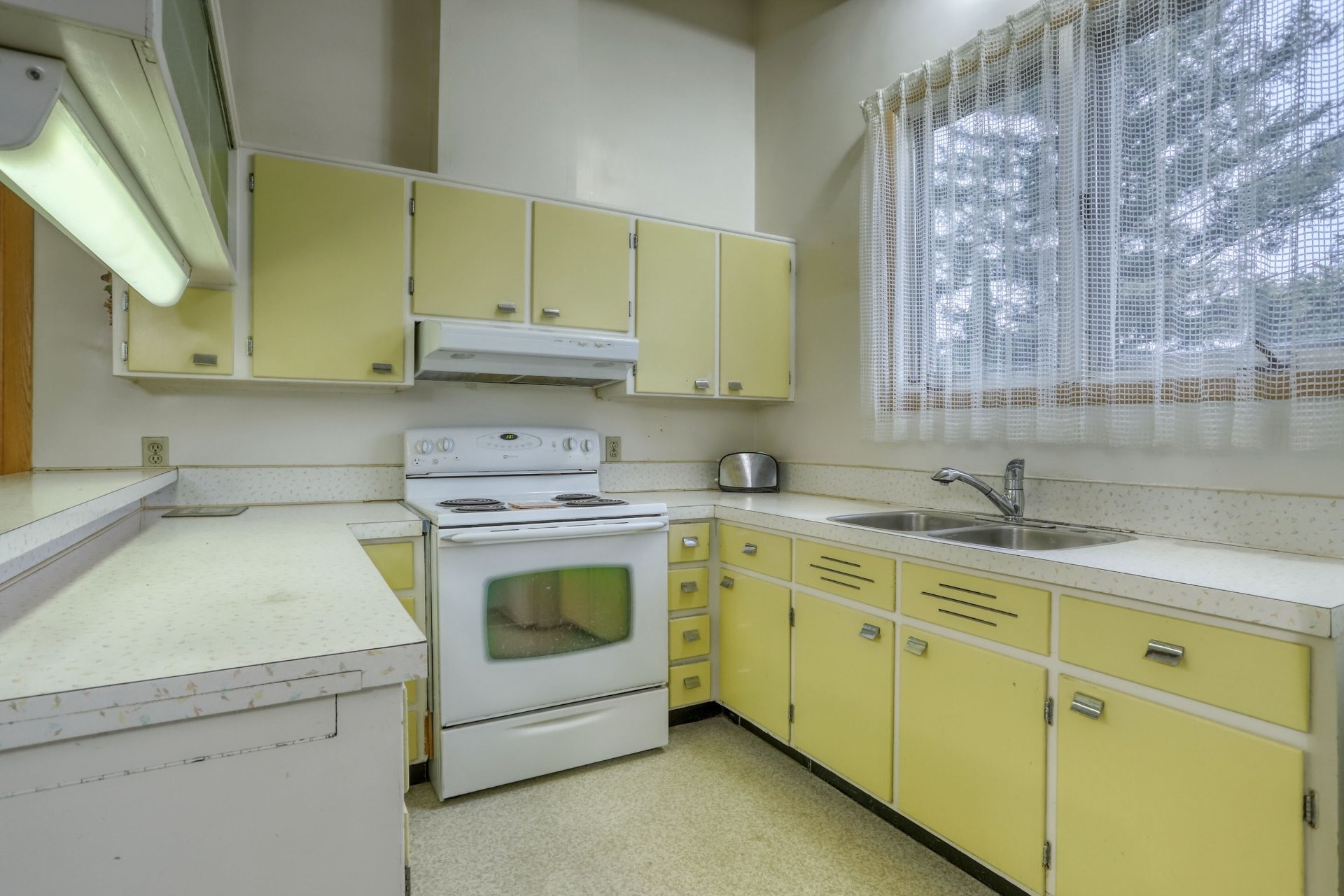 image 11 - House For sale Salaberry-de-Valleyfield - 10 rooms