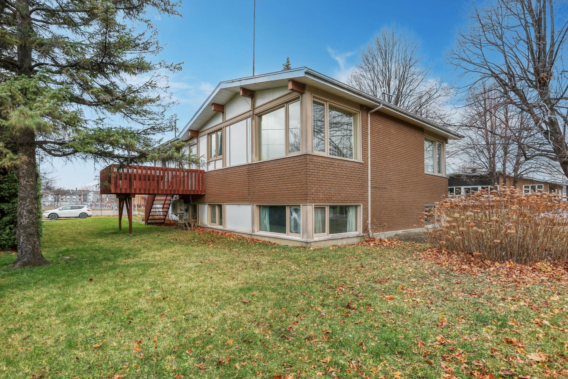 image 22 - House For sale Salaberry-de-Valleyfield - 10 rooms