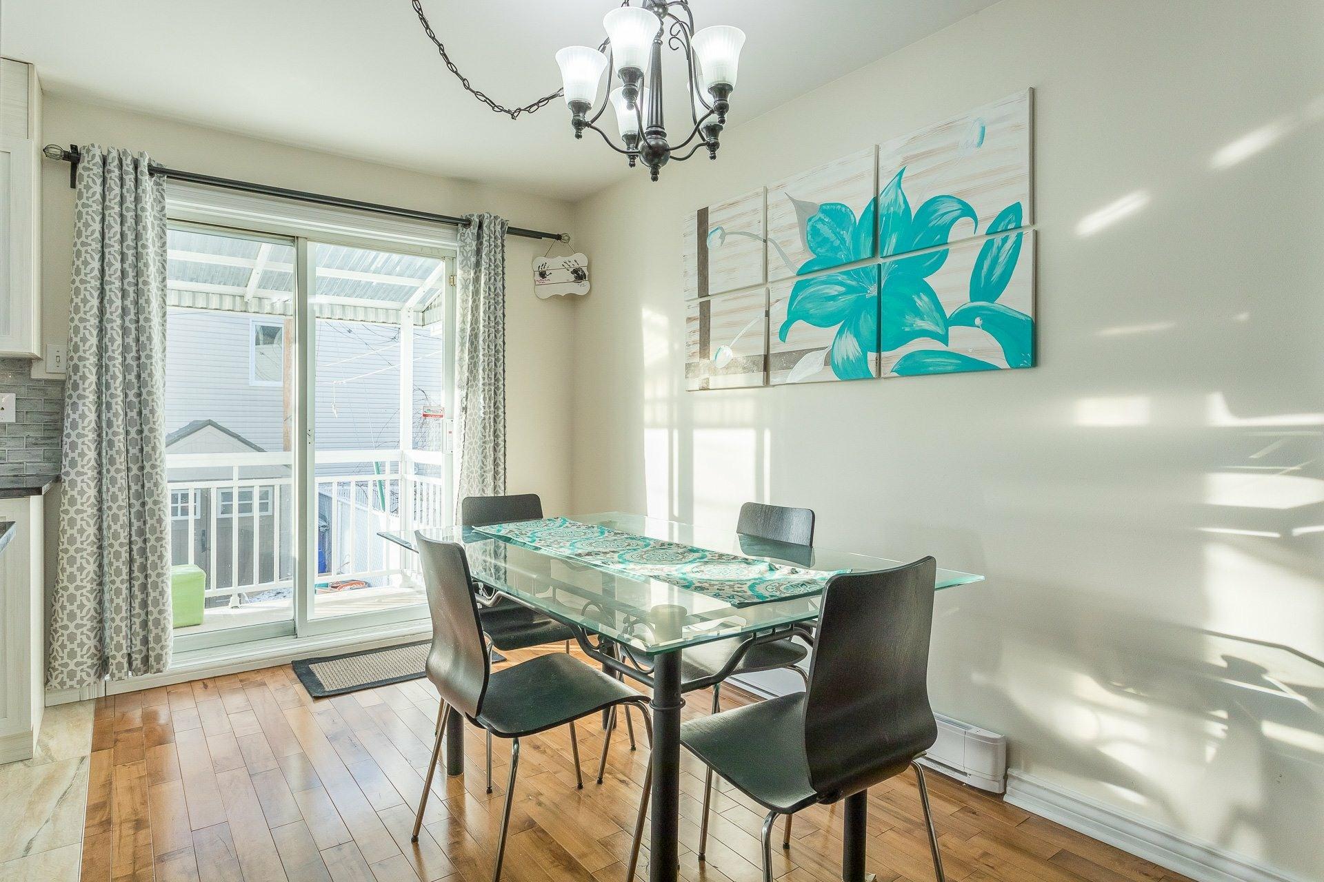 image 8 - House For sale Rivière-des-Prairies/Pointe-aux-Trembles Montréal  - 9 rooms