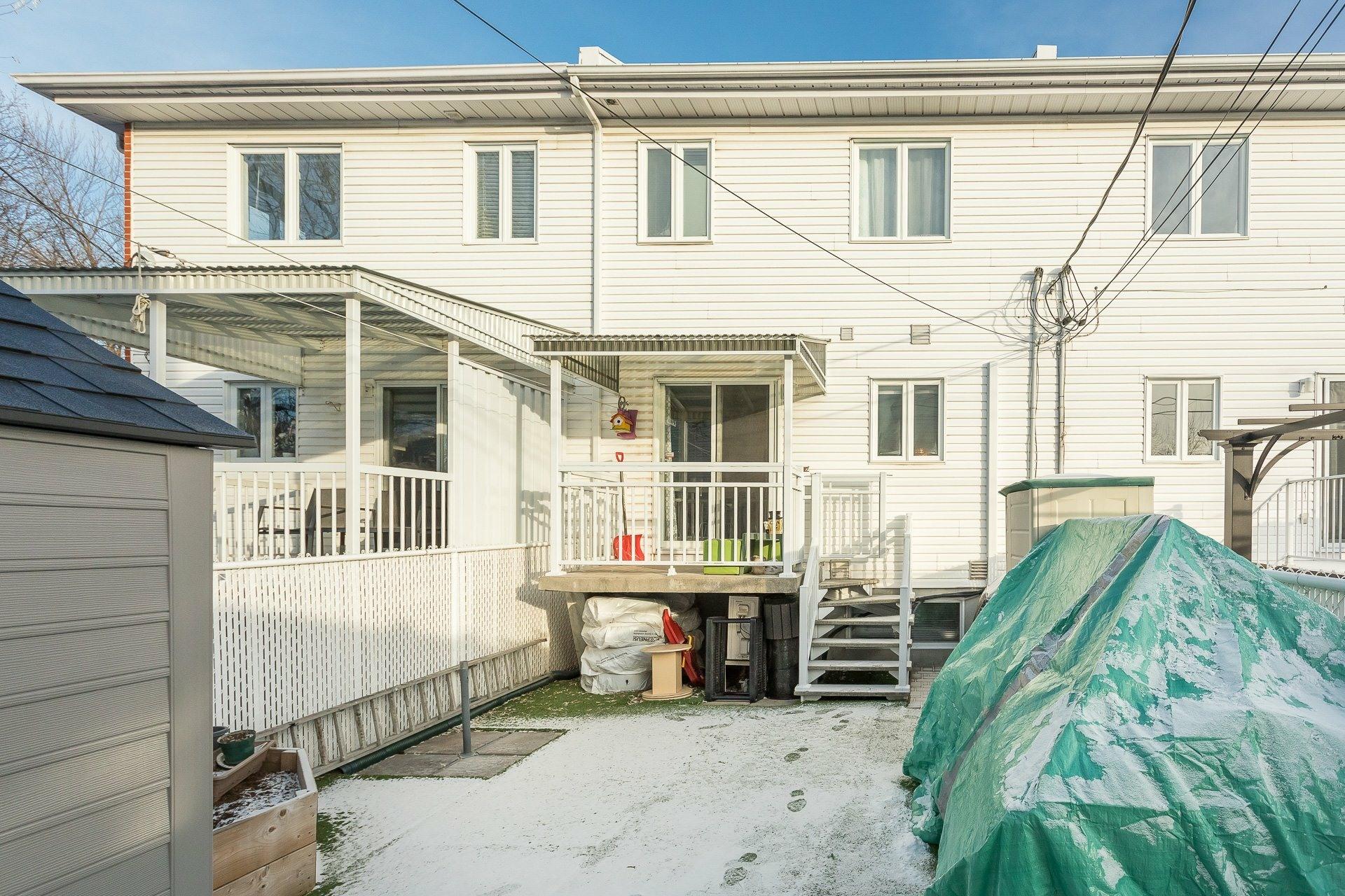 image 28 - Maison À vendre Rivière-des-Prairies/Pointe-aux-Trembles Montréal  - 9 pièces