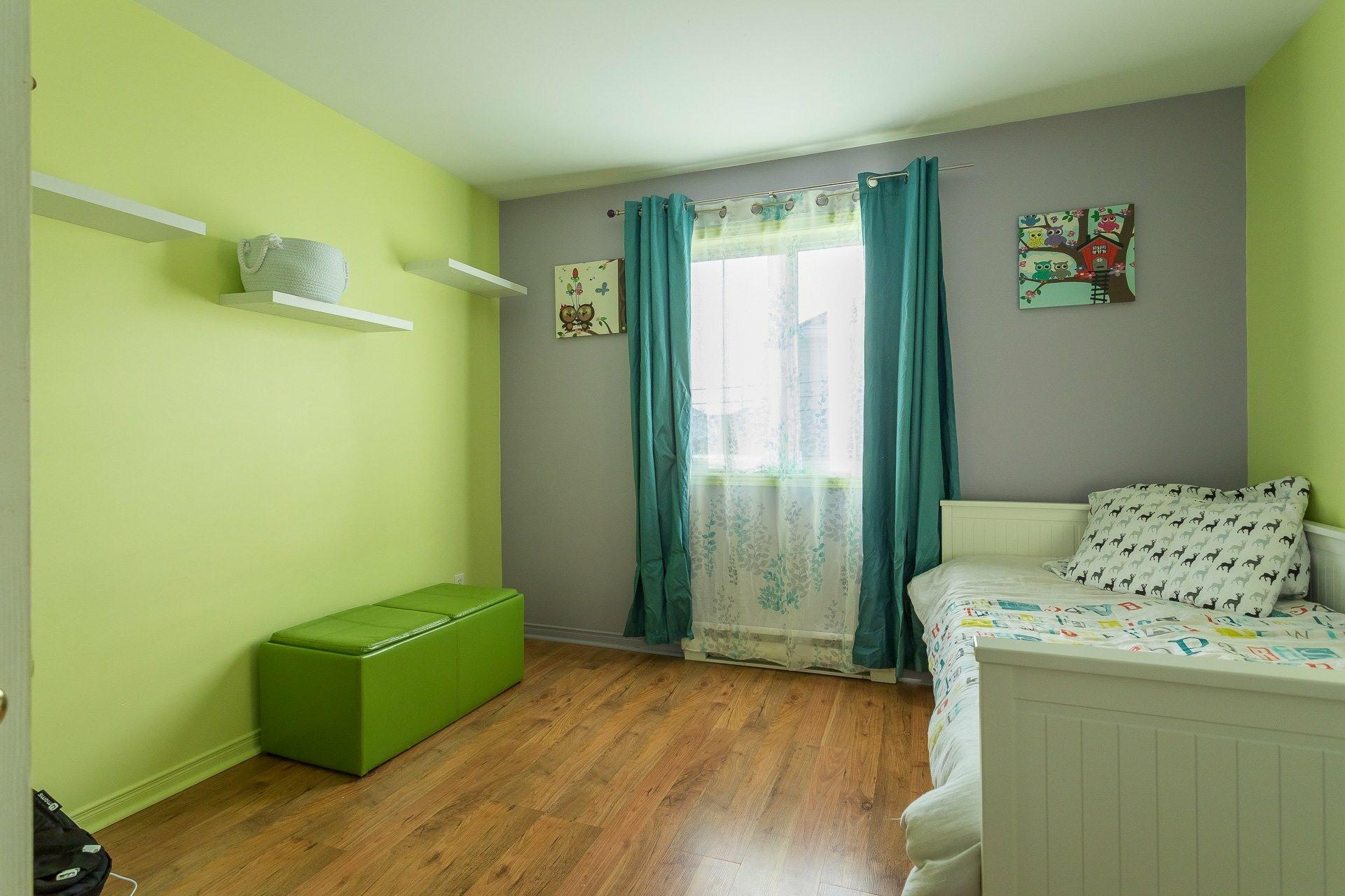 image 20 - House For sale Rivière-des-Prairies/Pointe-aux-Trembles Montréal  - 9 rooms