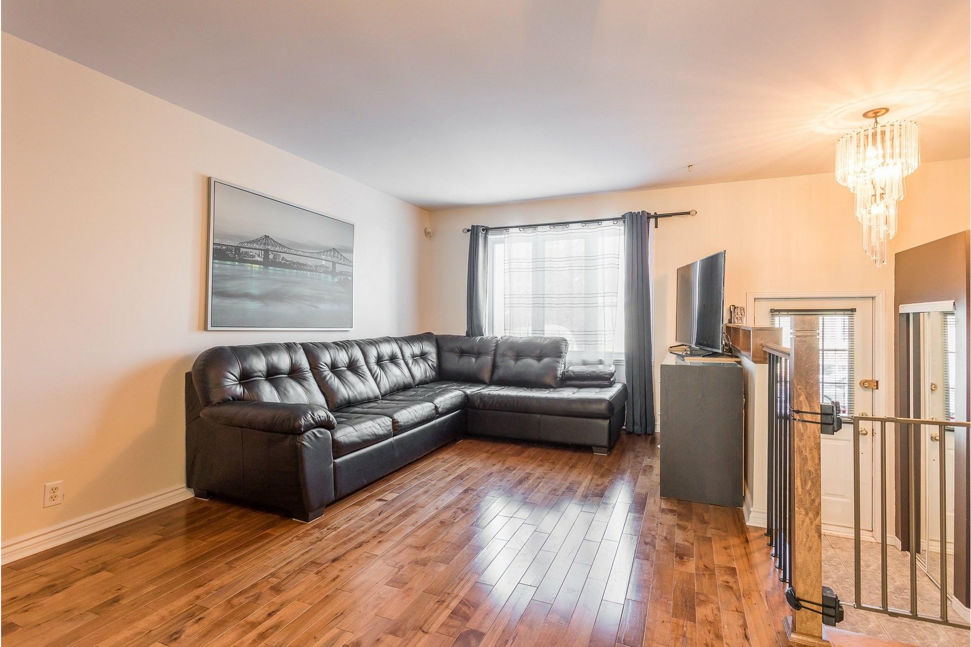 image 3 - House For sale Rivière-des-Prairies/Pointe-aux-Trembles Montréal  - 9 rooms
