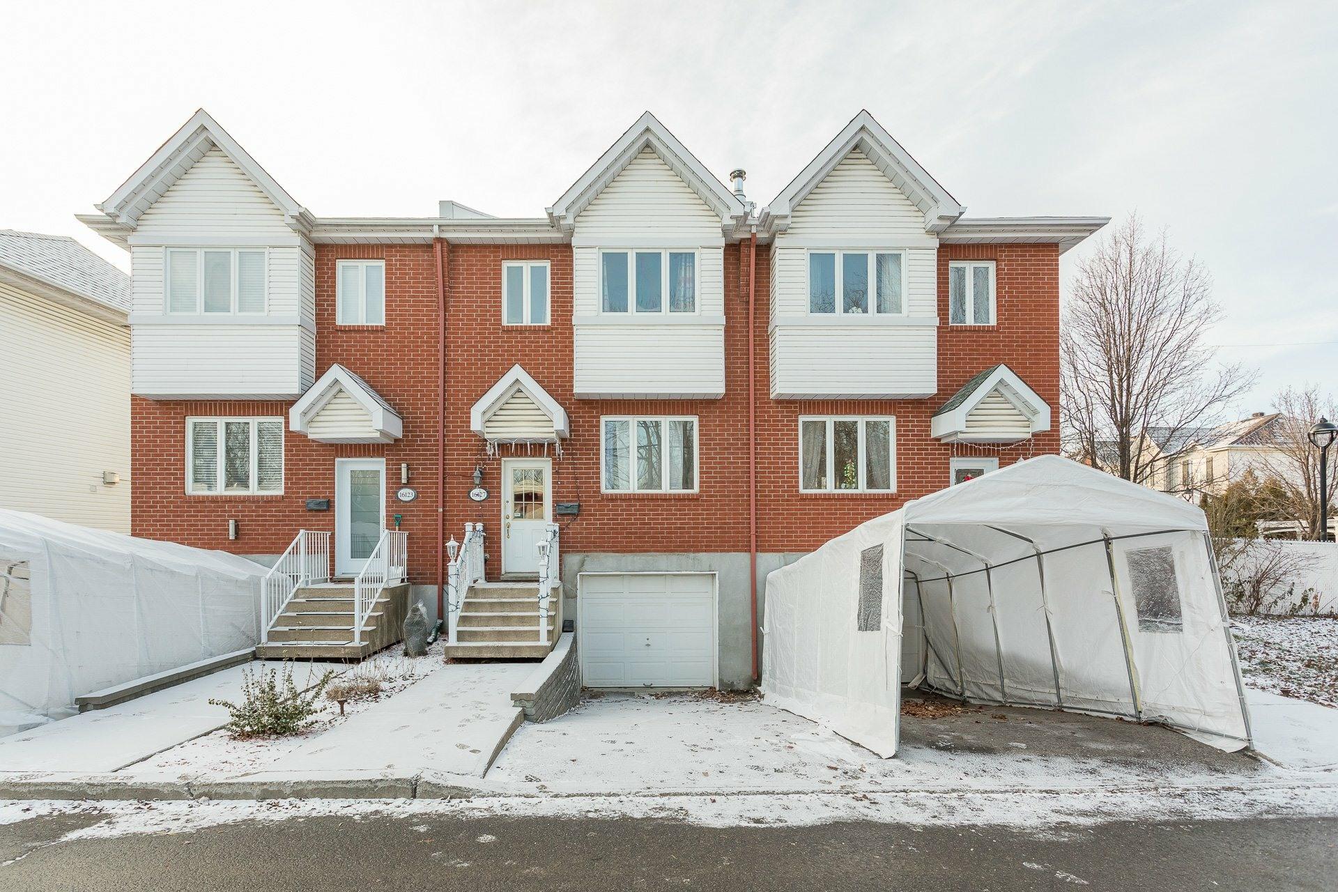 image 0 - House For sale Rivière-des-Prairies/Pointe-aux-Trembles Montréal  - 9 rooms