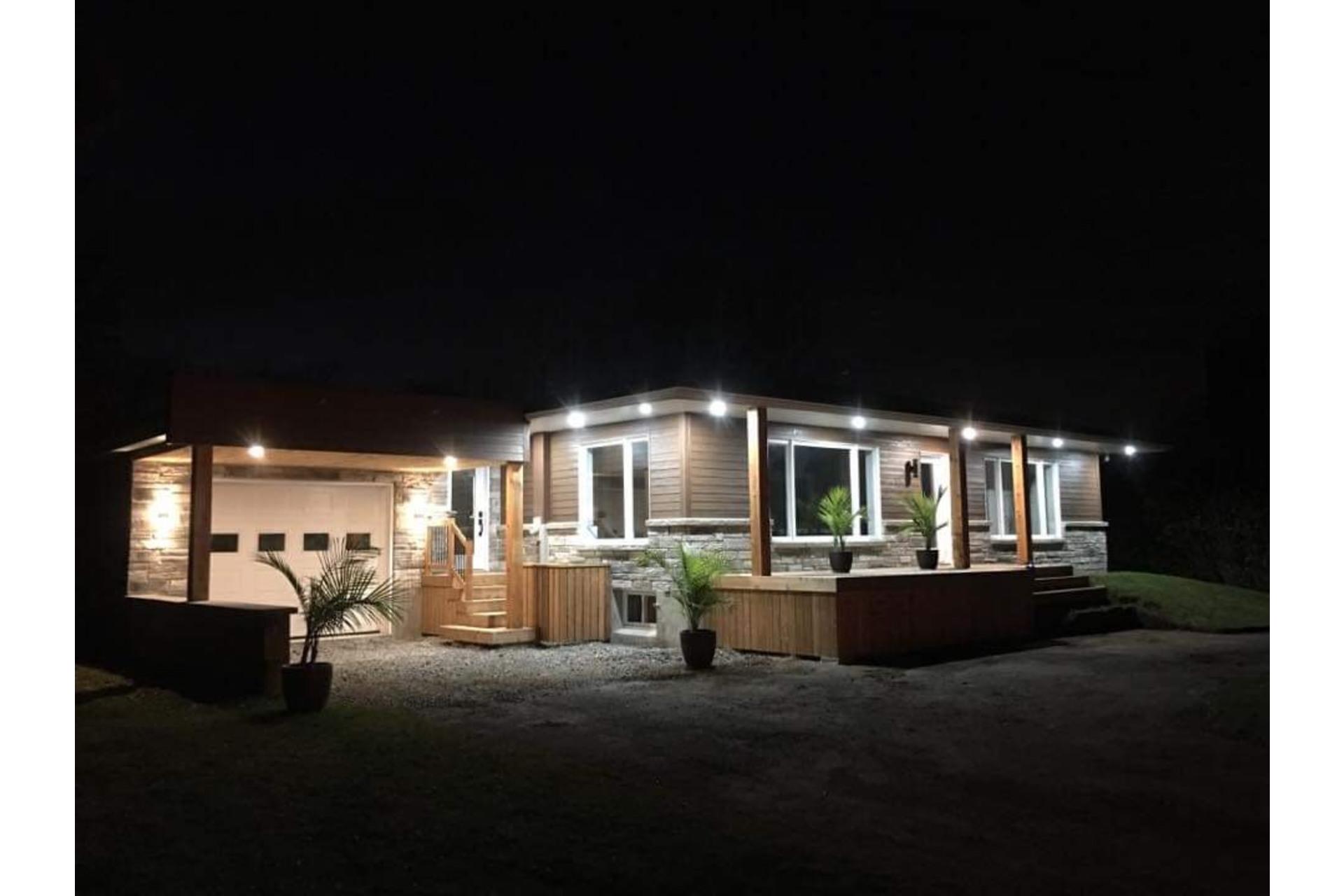 image 40 - Maison À vendre Saint-Cyprien-de-Napierville - 11 pièces