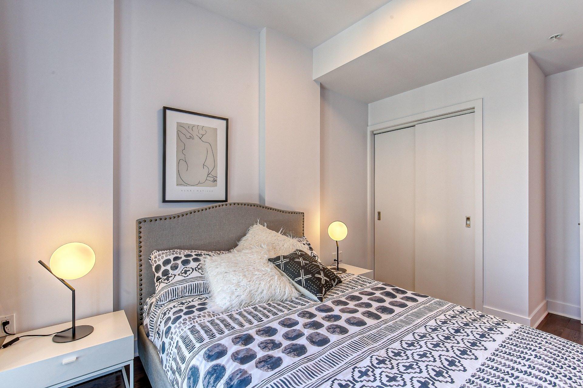 image 9 - Appartement À vendre Ville-Marie Montréal  - 8 pièces