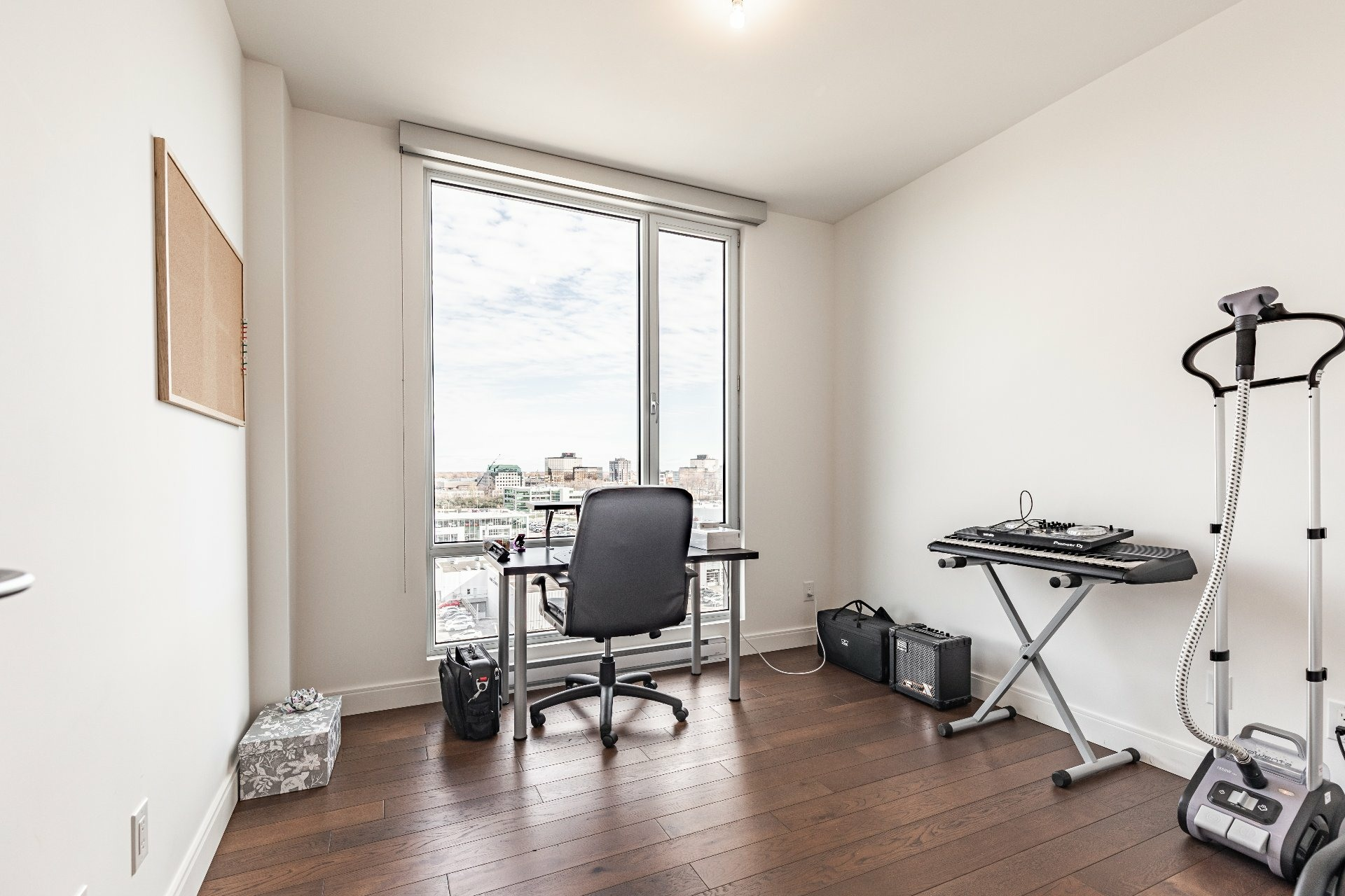 image 17 - Apartment For rent Chomedey Laval  - 7 rooms