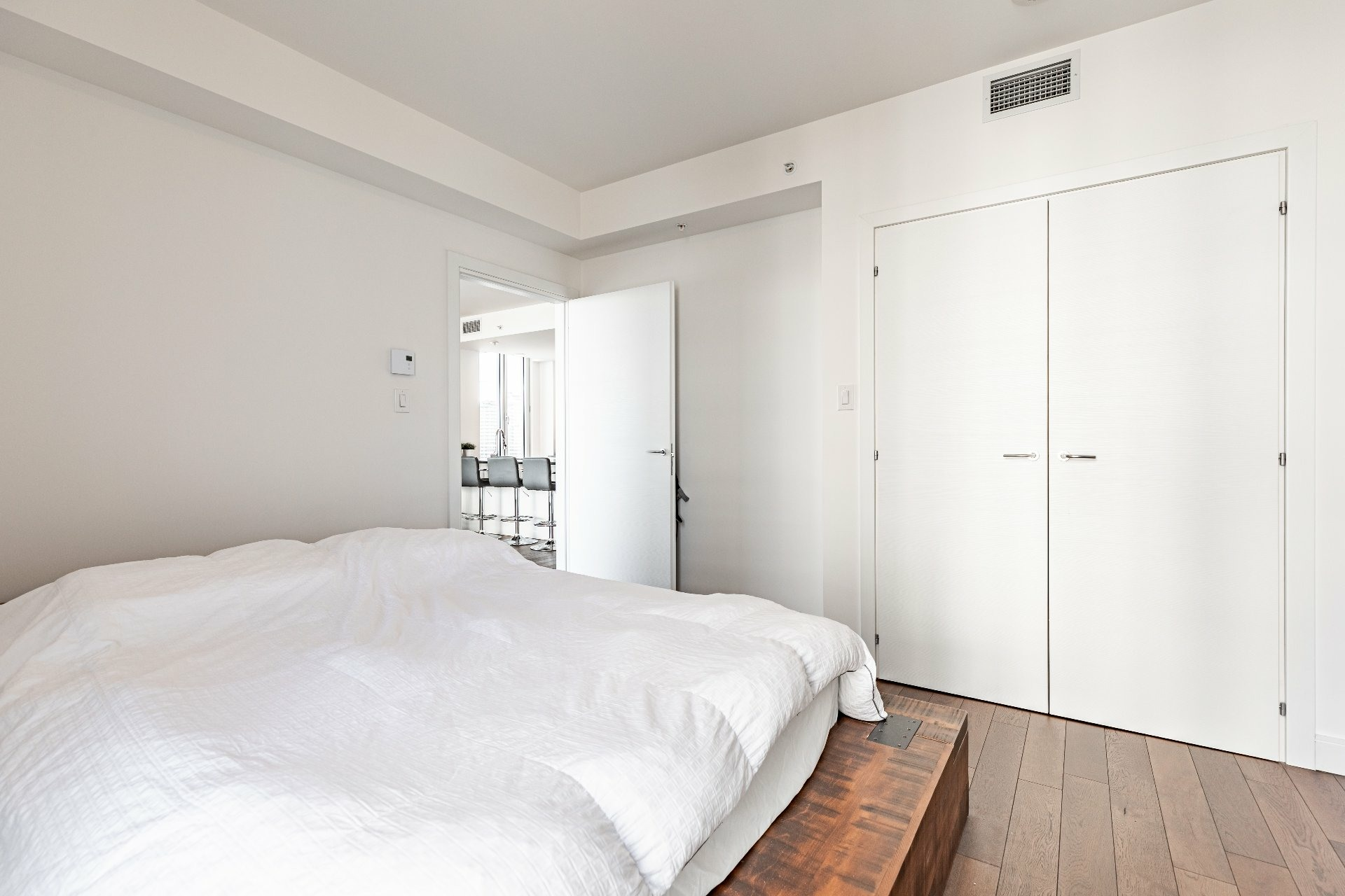 image 19 - Apartment For rent Chomedey Laval  - 7 rooms