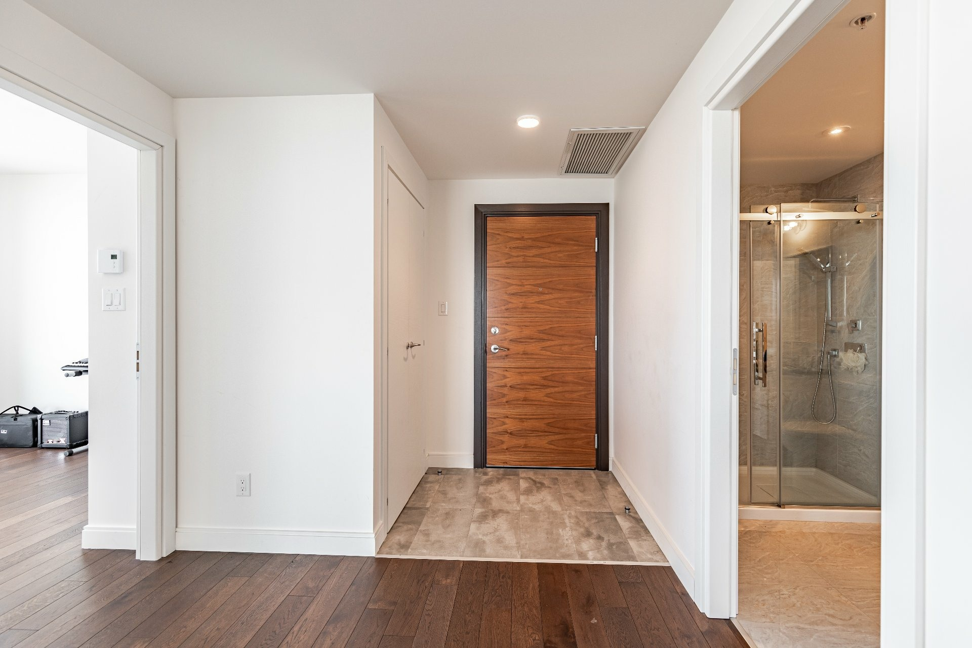 image 4 - Apartment For rent Chomedey Laval  - 7 rooms
