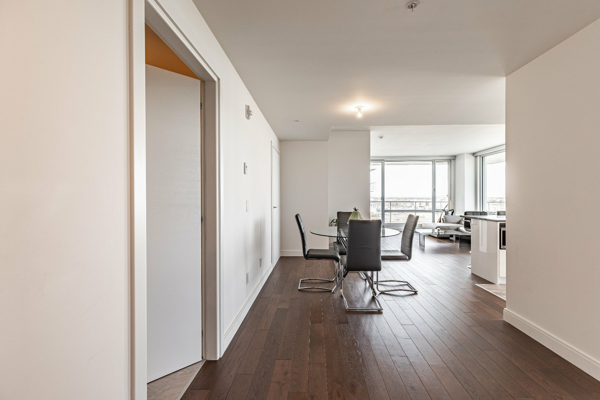image 3 - Apartment For rent Chomedey Laval  - 7 rooms