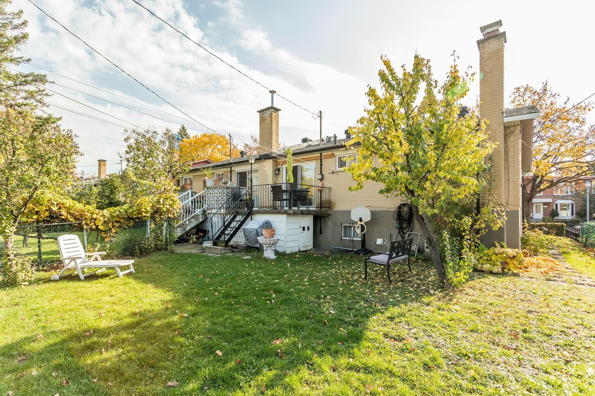 image 29 - Maison À vendre Montréal-Nord Montréal  - 10 pièces