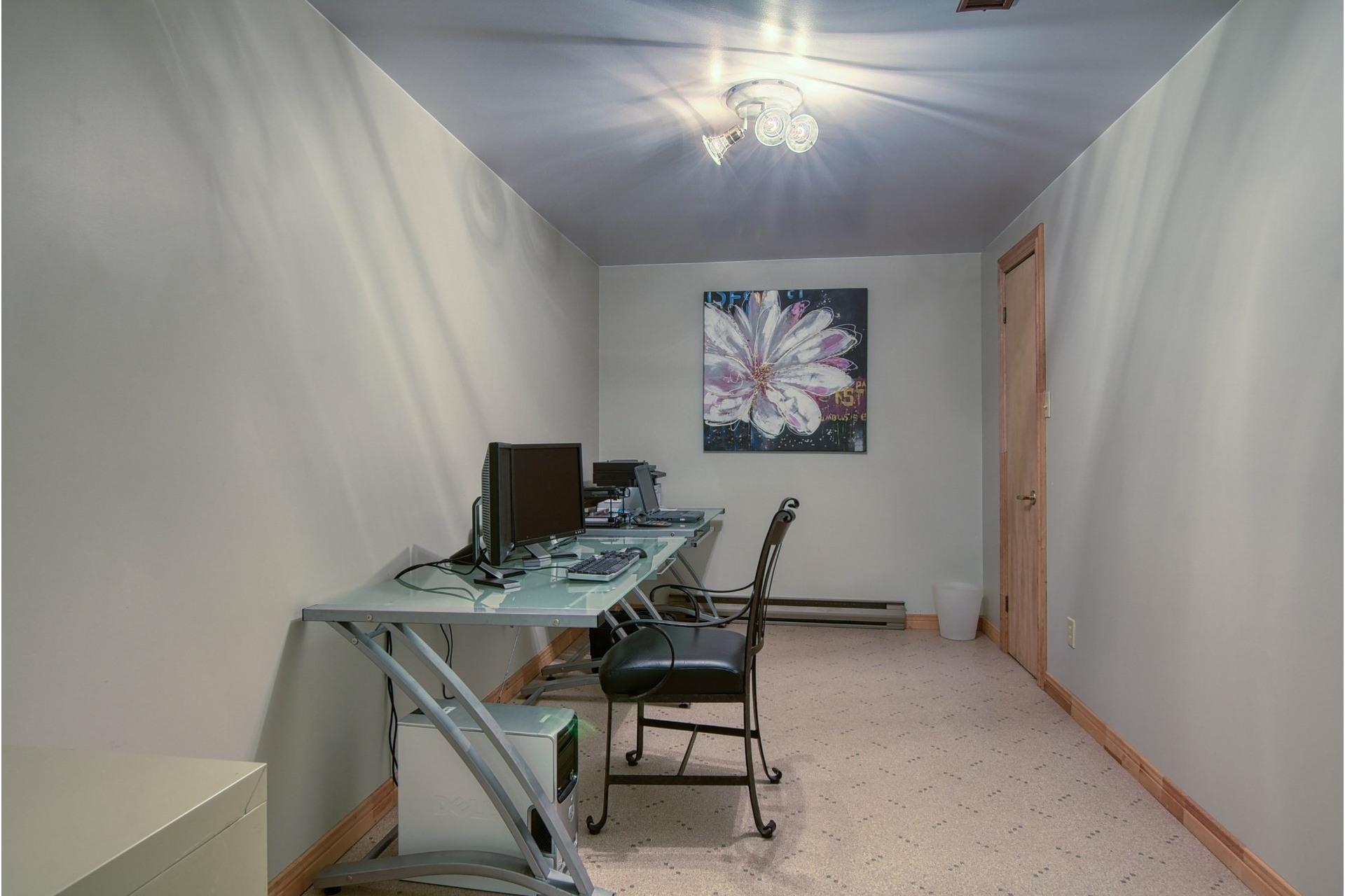 image 40 - House For sale Mont-Saint-Hilaire