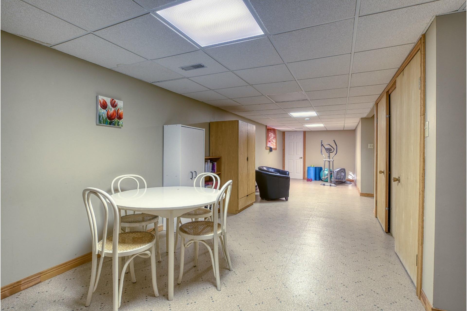image 39 - House For sale Mont-Saint-Hilaire