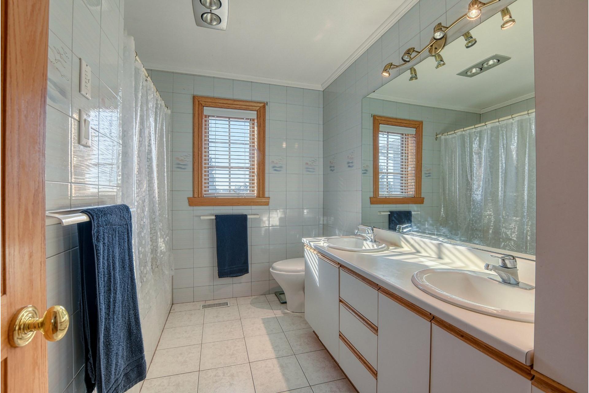 image 31 - House For sale Mont-Saint-Hilaire