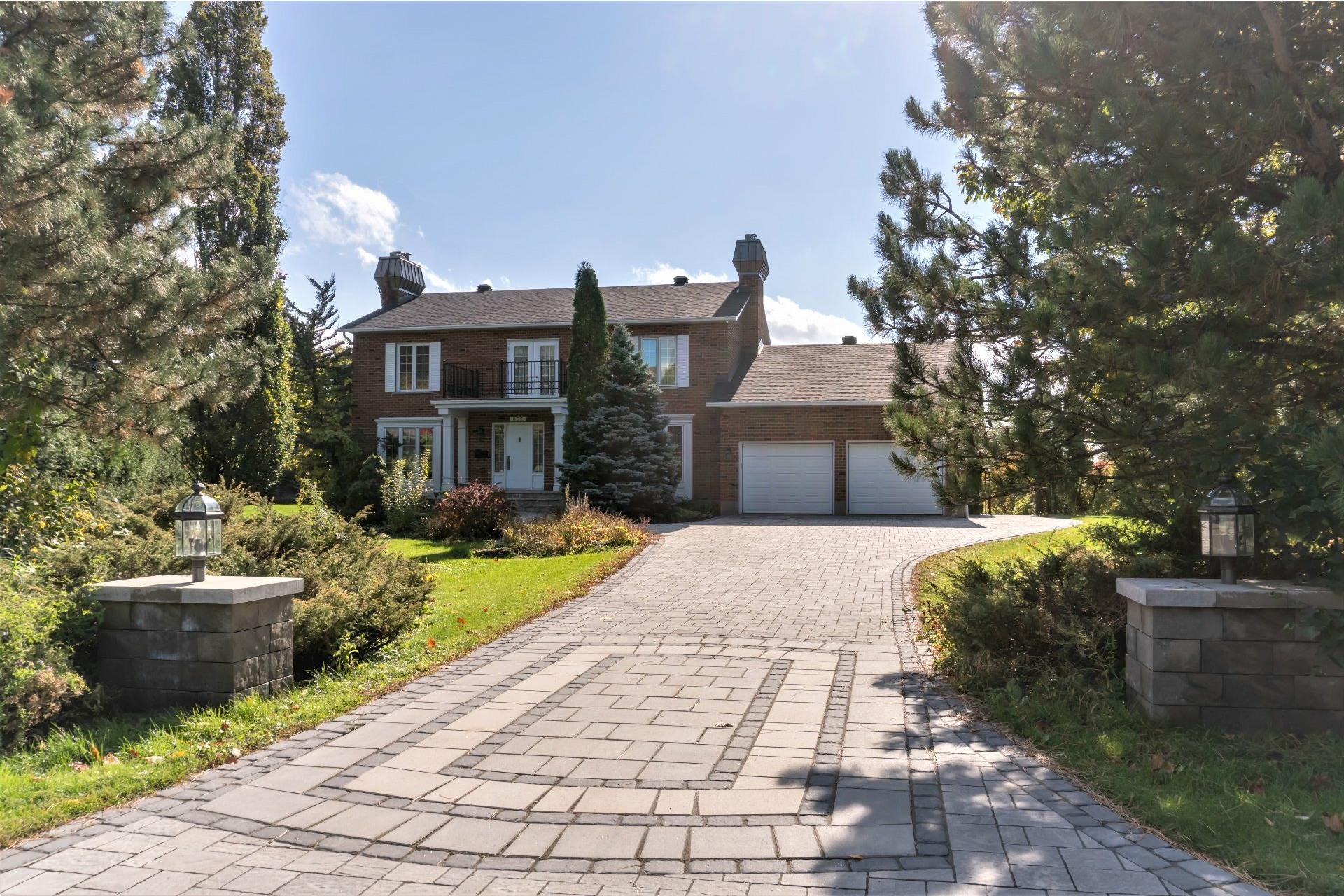 image 0 - House For sale Mont-Saint-Hilaire
