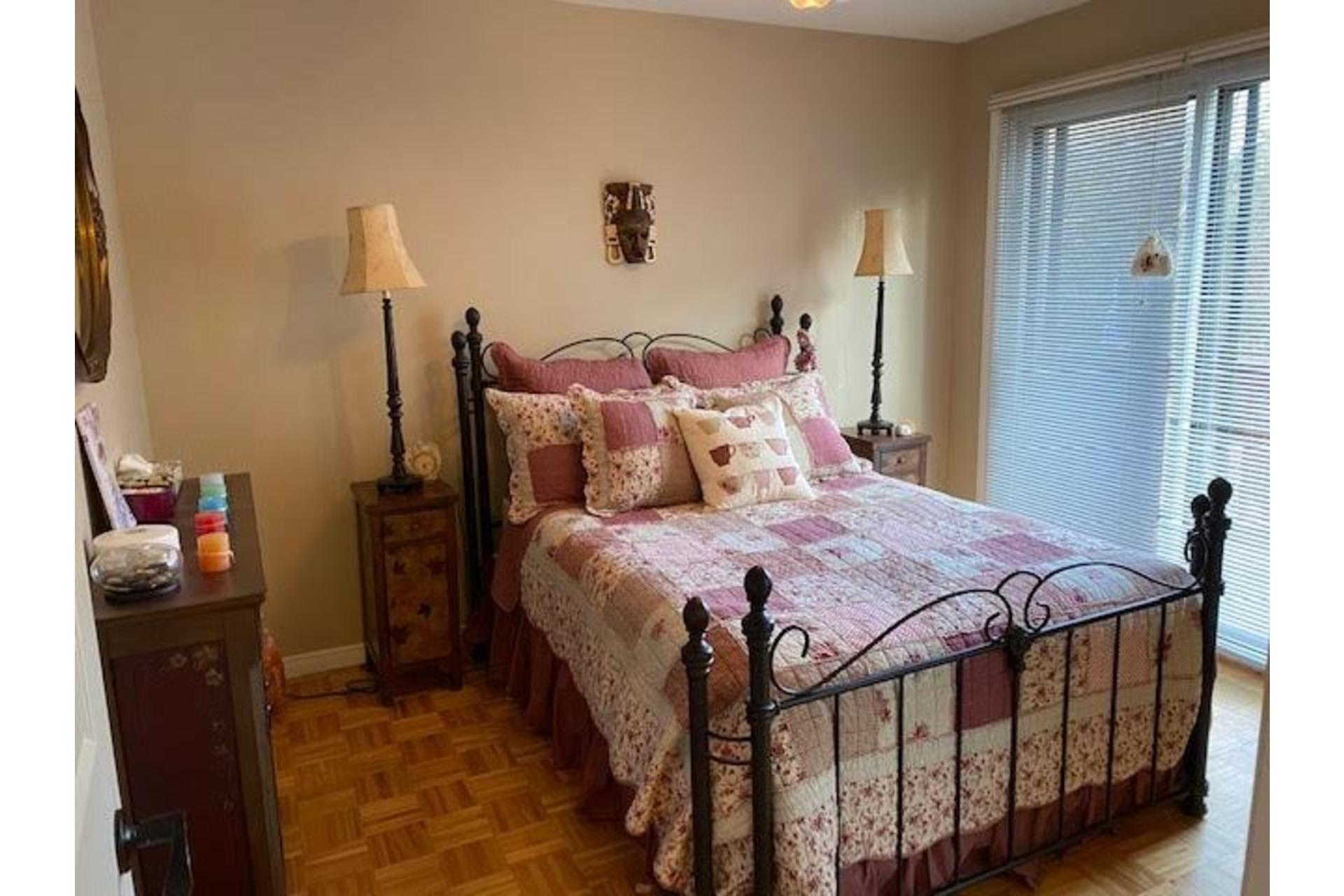 image 2 - Maison À vendre Amherst - 10 pièces
