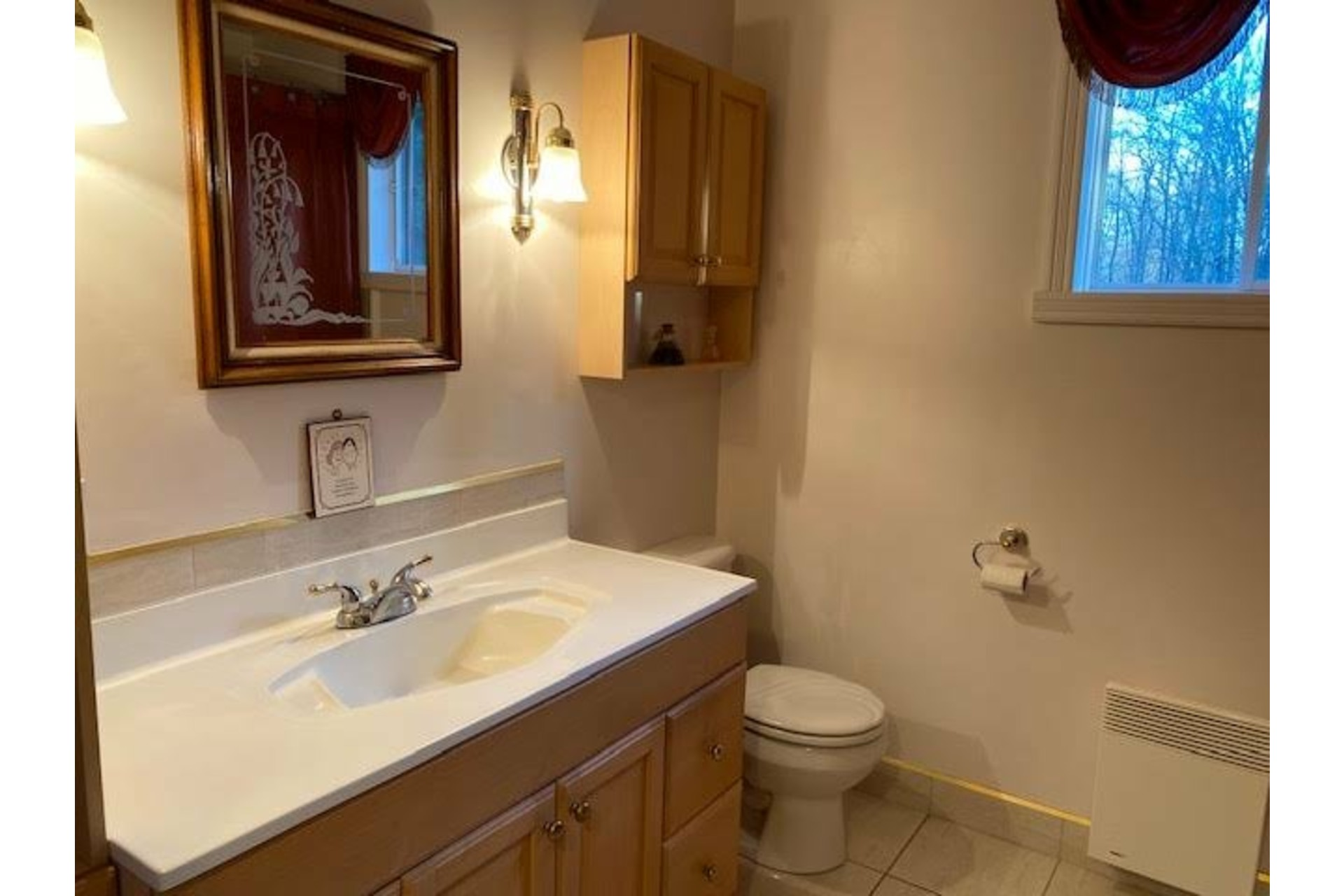 image 9 - House For sale Amherst - 10 rooms