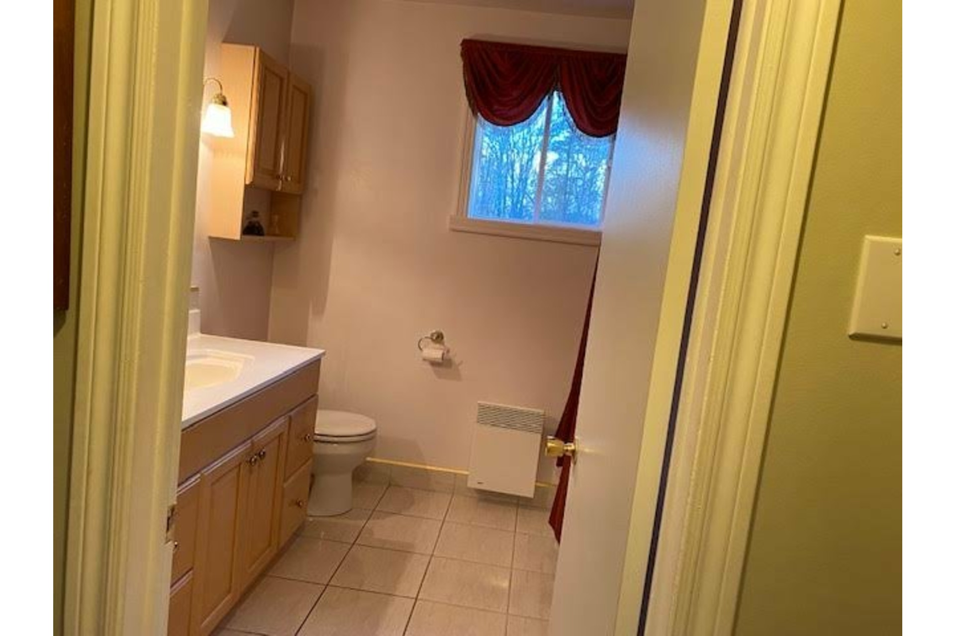 image 6 - House For sale Amherst - 10 rooms