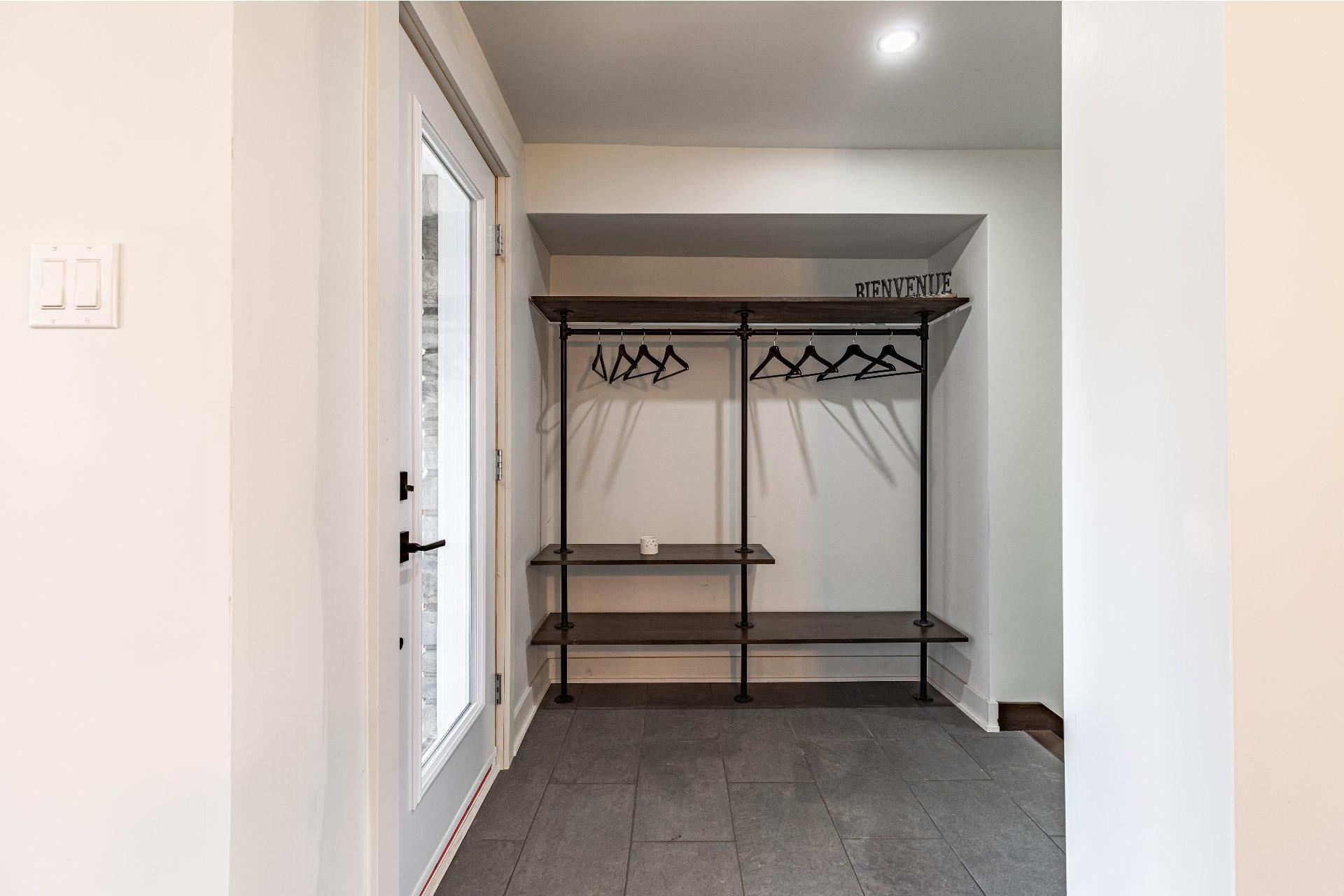 image 20 - Maison À vendre Saint-Cyprien-de-Napierville - 11 pièces