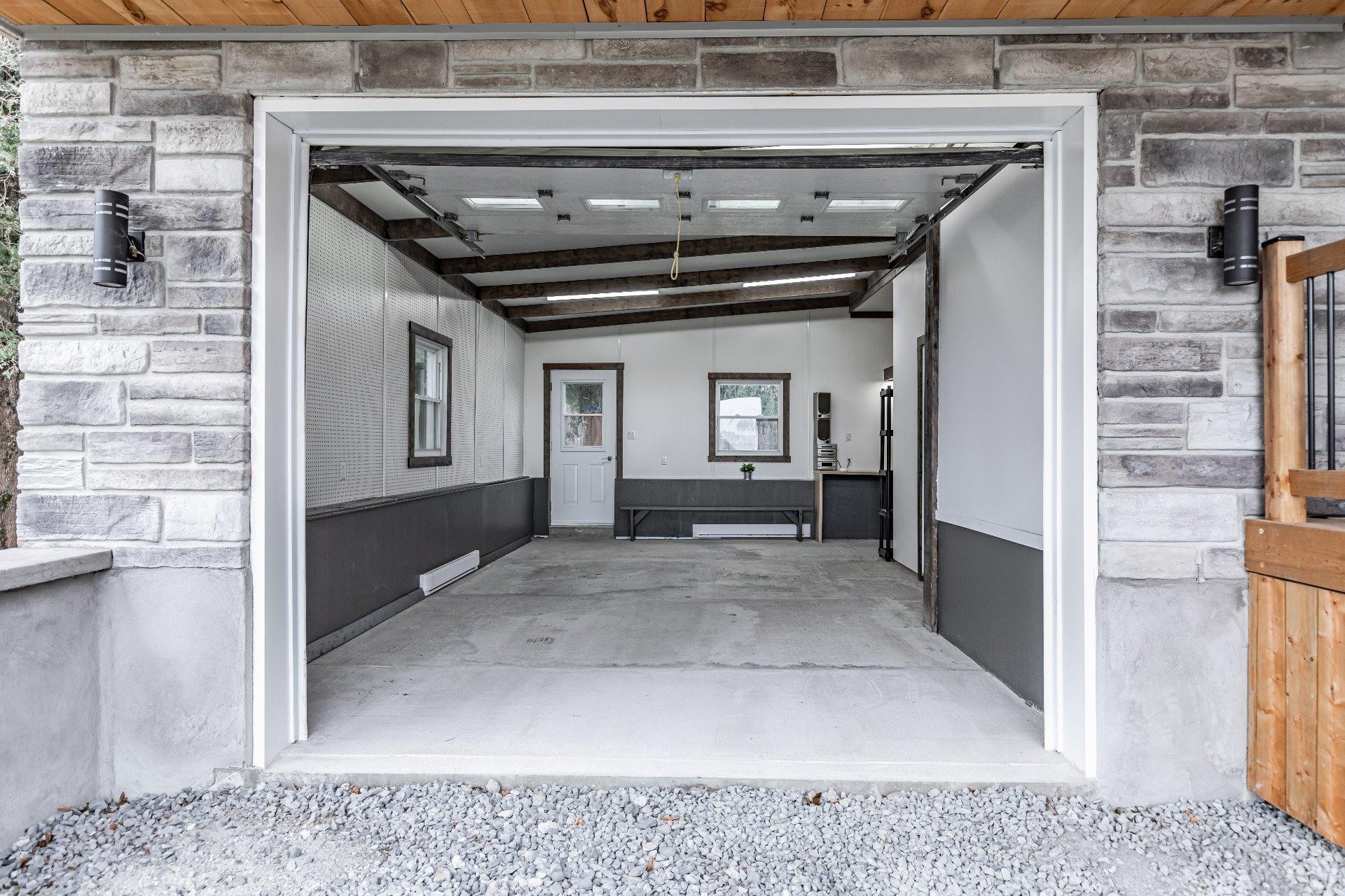 image 33 - Maison À vendre Saint-Cyprien-de-Napierville - 11 pièces