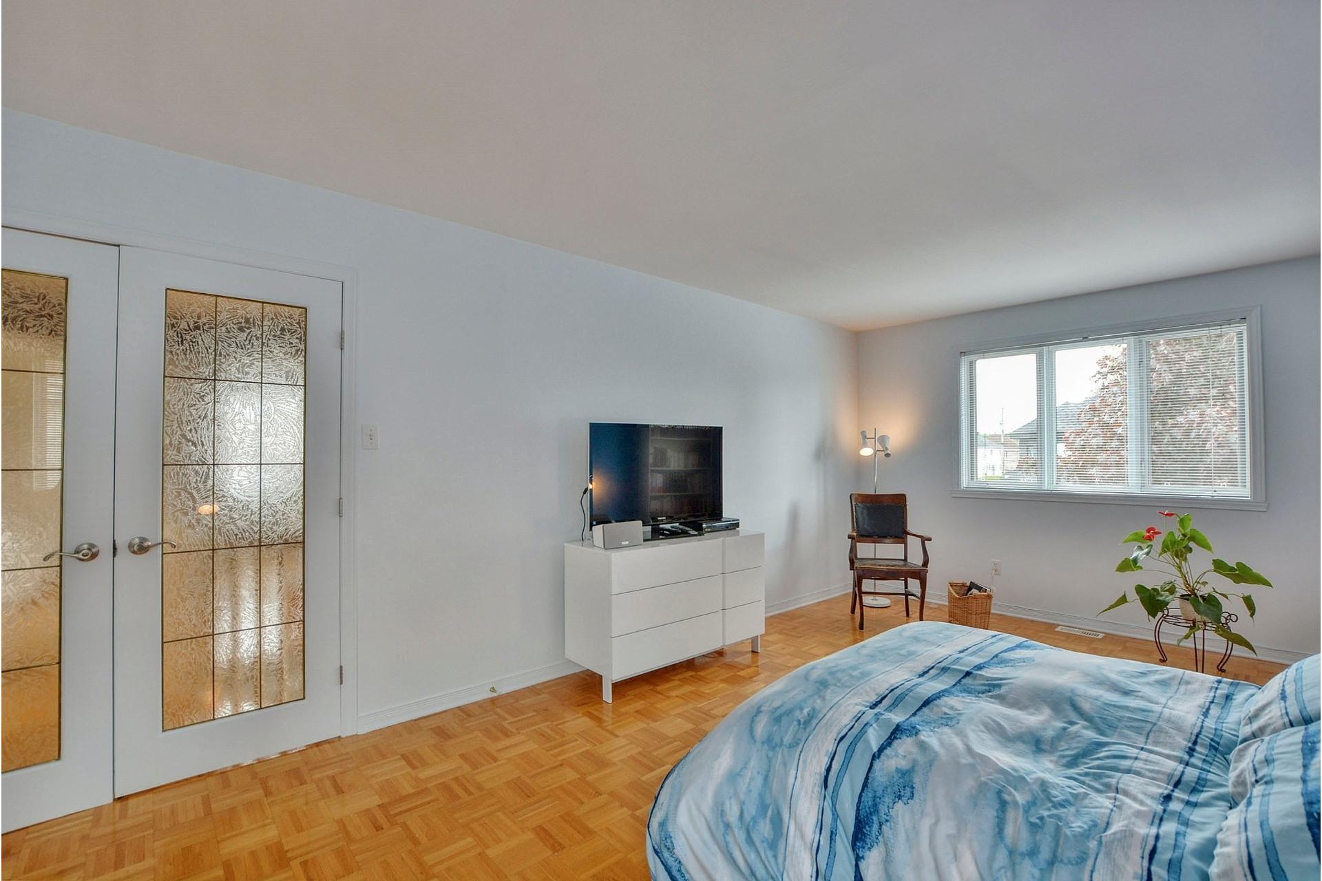 image 22 - Maison À vendre Vimont Laval  - 12 pièces