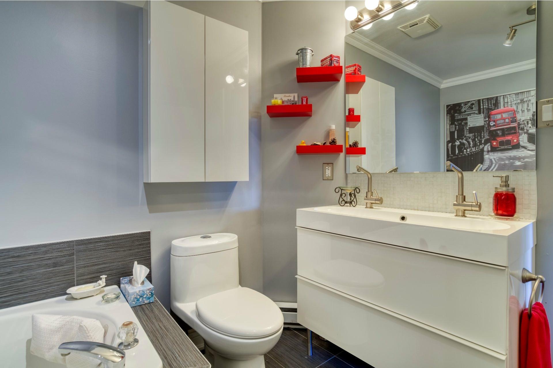image 18 - Appartement À vendre Chomedey Laval  - 5 pièces
