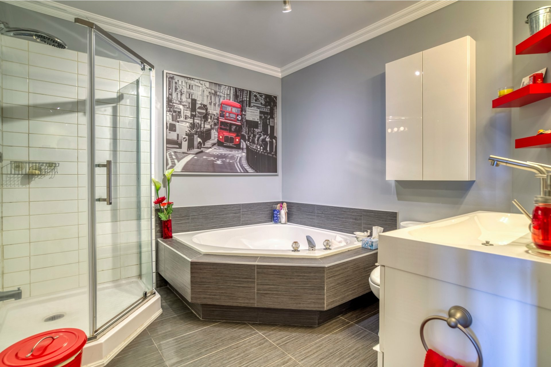 image 17 - Appartement À vendre Chomedey Laval  - 5 pièces
