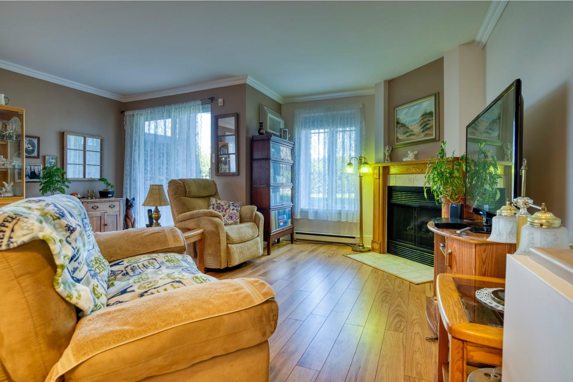 image 3 - Appartement À vendre Chomedey Laval  - 5 pièces