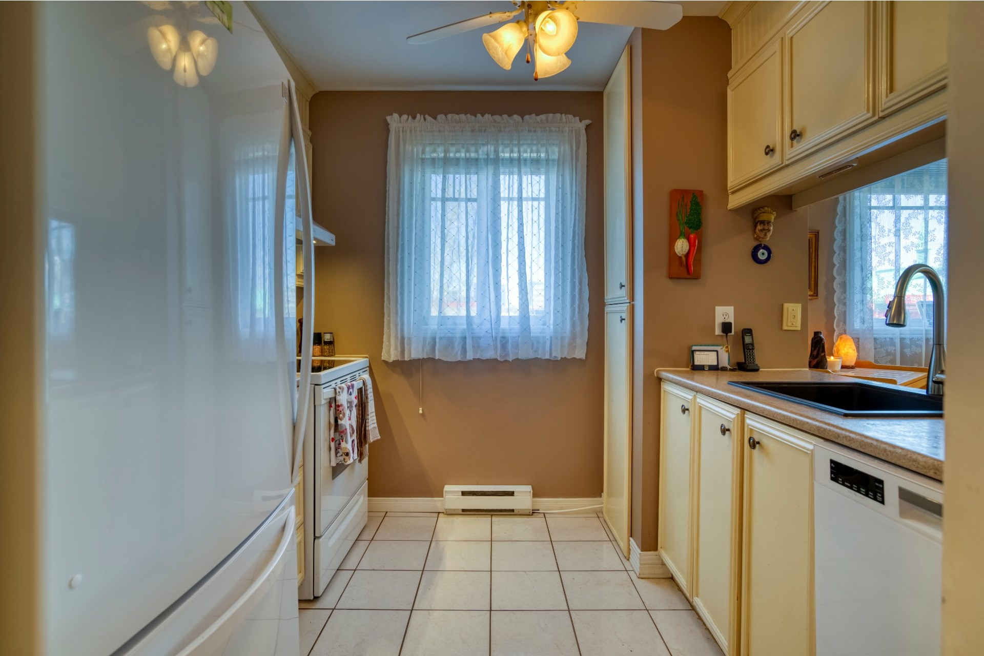 image 10 - Appartement À vendre Chomedey Laval  - 5 pièces