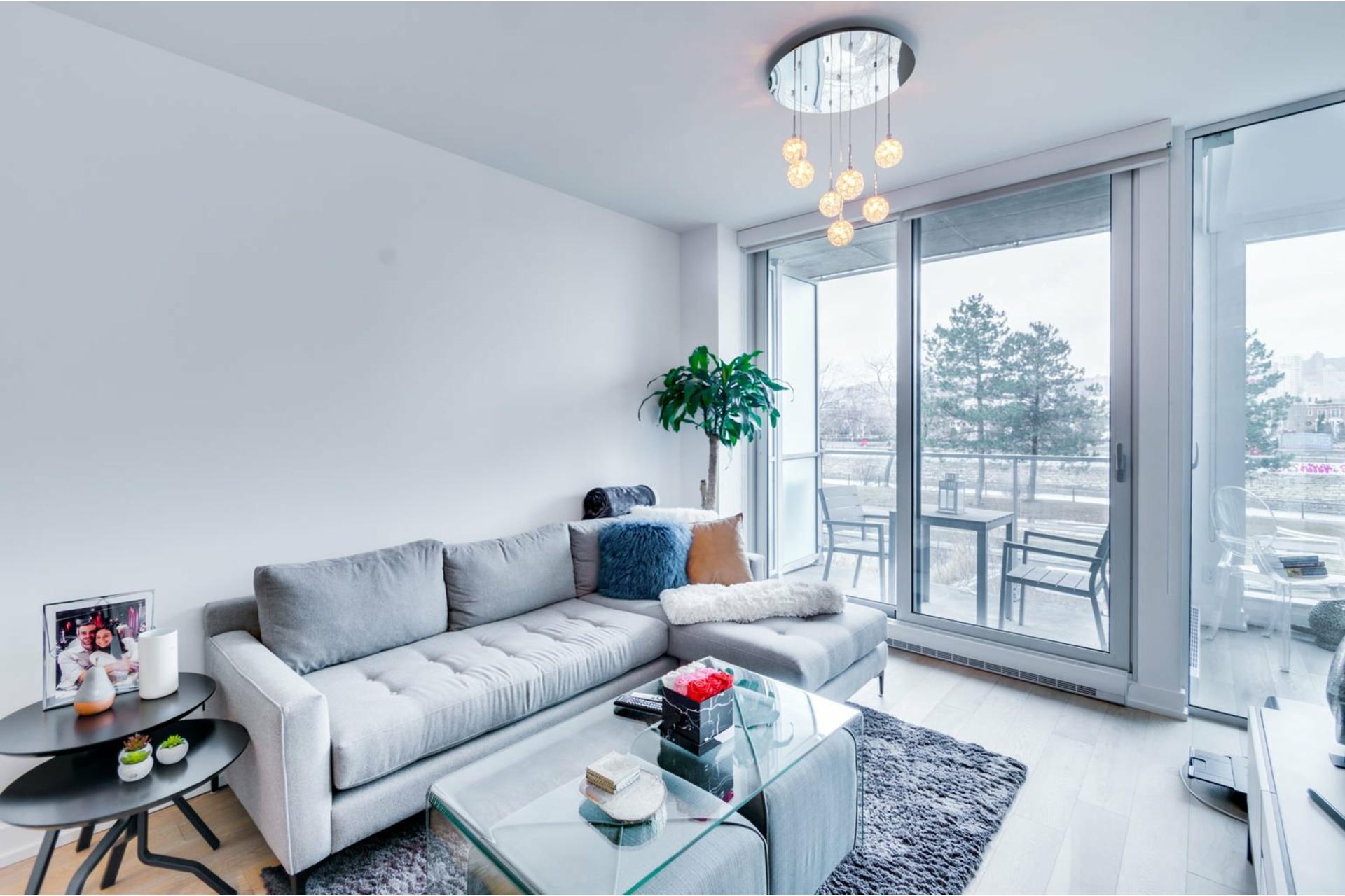 image 12 - Apartment For rent Le Sud-Ouest Montréal  - 3 rooms