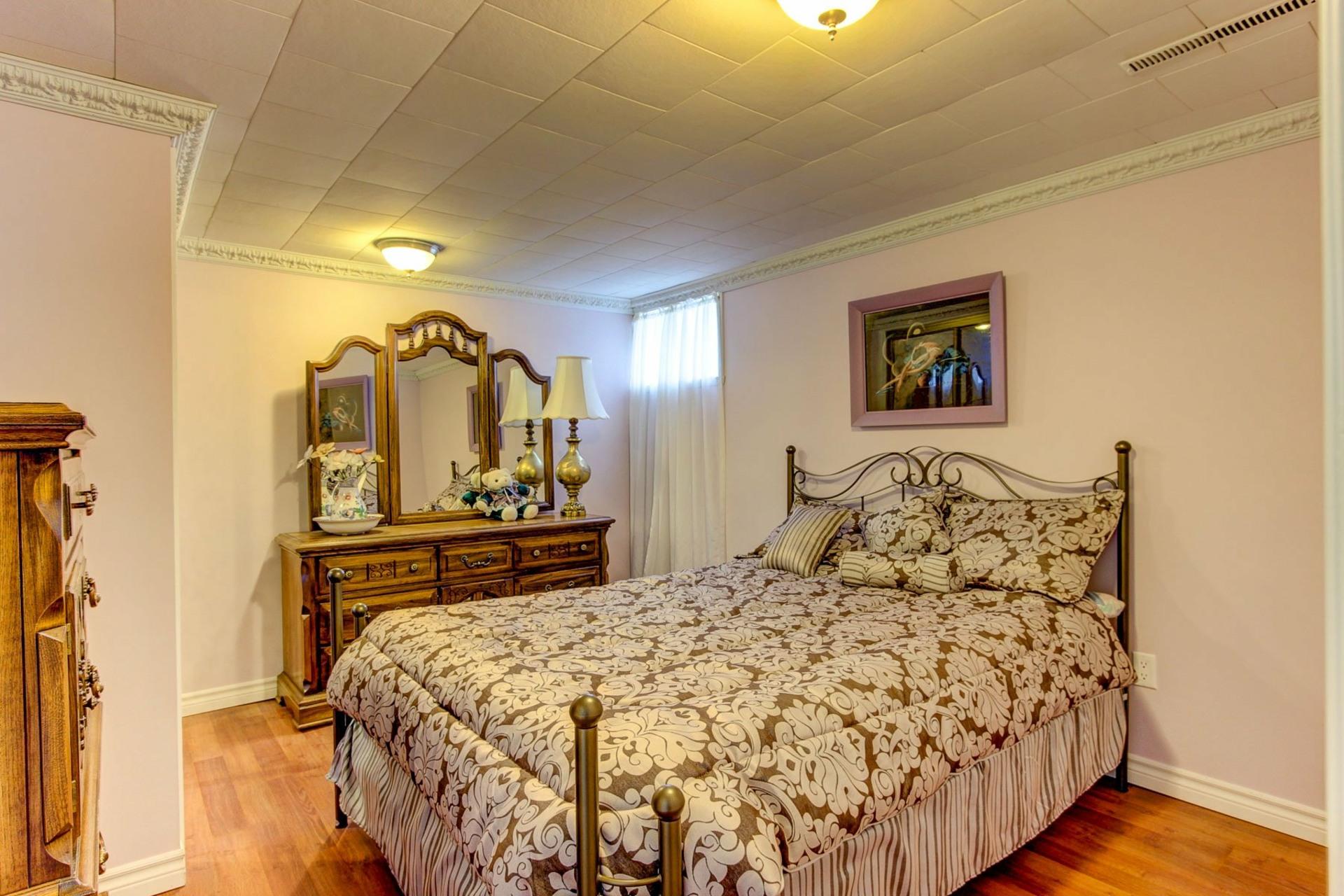 image 17 - House For sale Trois-Rivières - 13 rooms