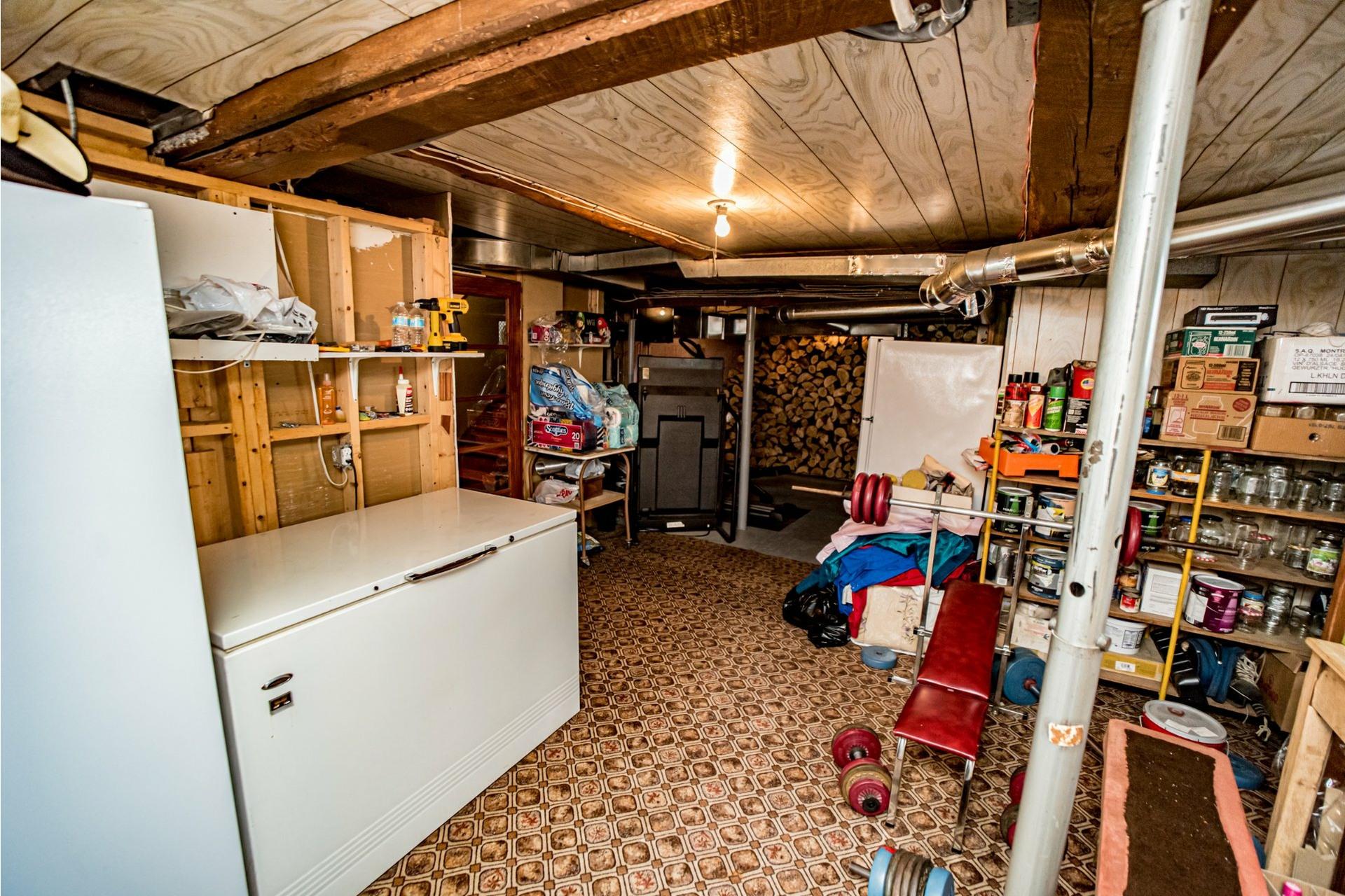 image 37 - Farmhouse For sale Saint-Adelphe - 12 rooms