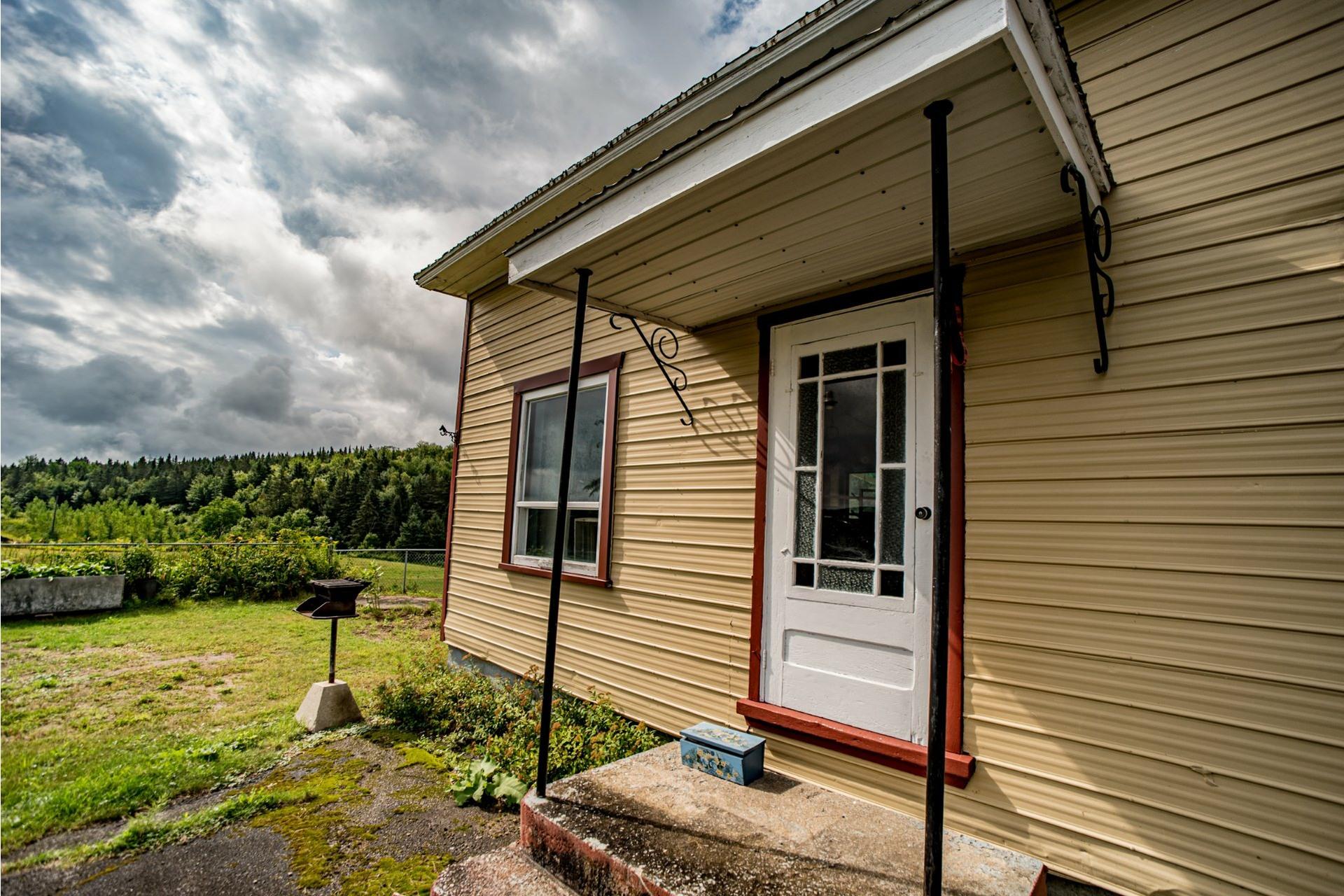 image 55 - Farmhouse For sale Saint-Adelphe - 12 rooms