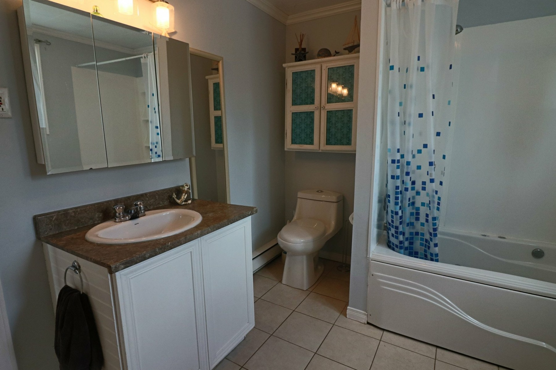 image 12 - House For sale Saint-Luc-de-Vincennes - 9 rooms