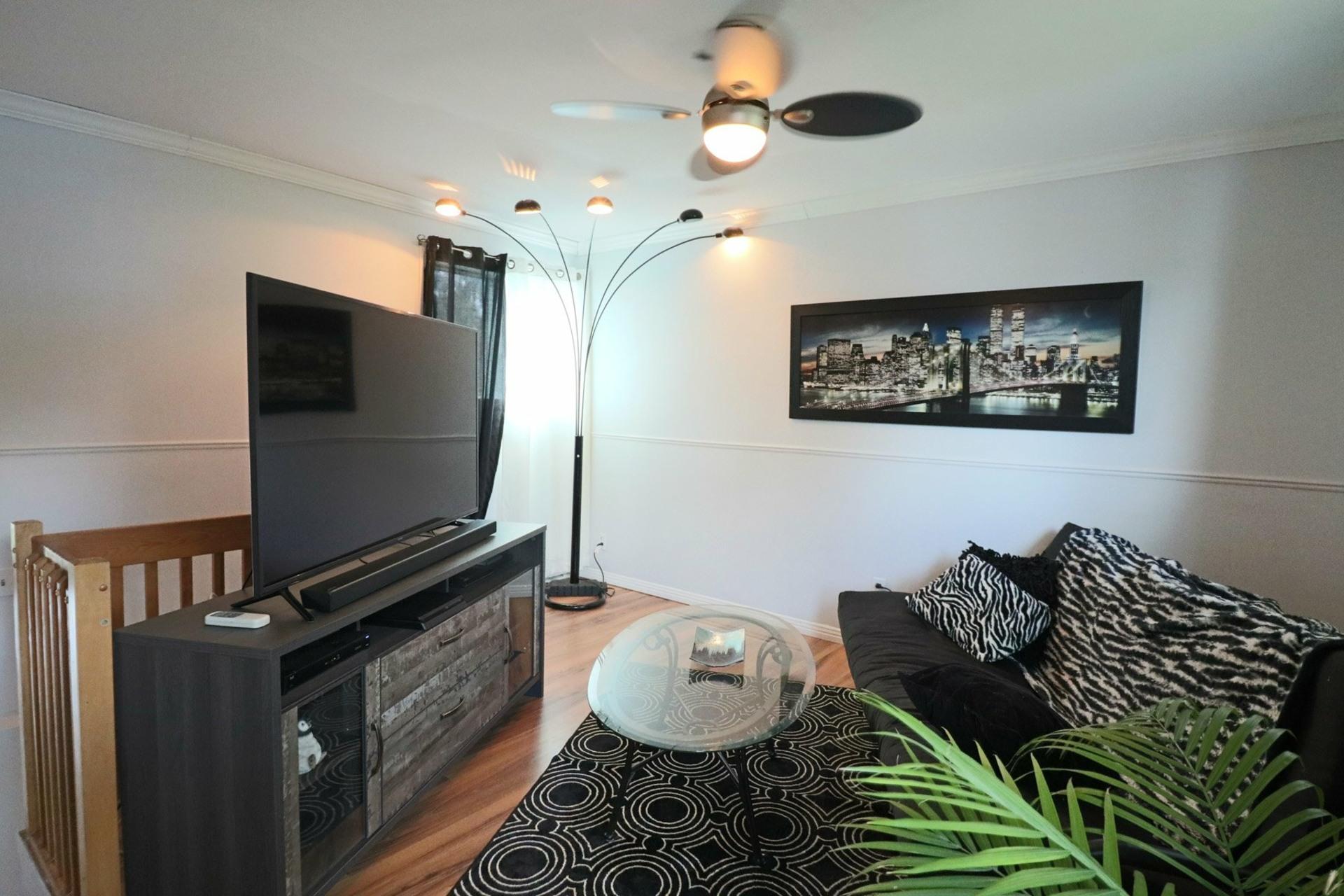 image 8 - House For sale Saint-Luc-de-Vincennes - 9 rooms