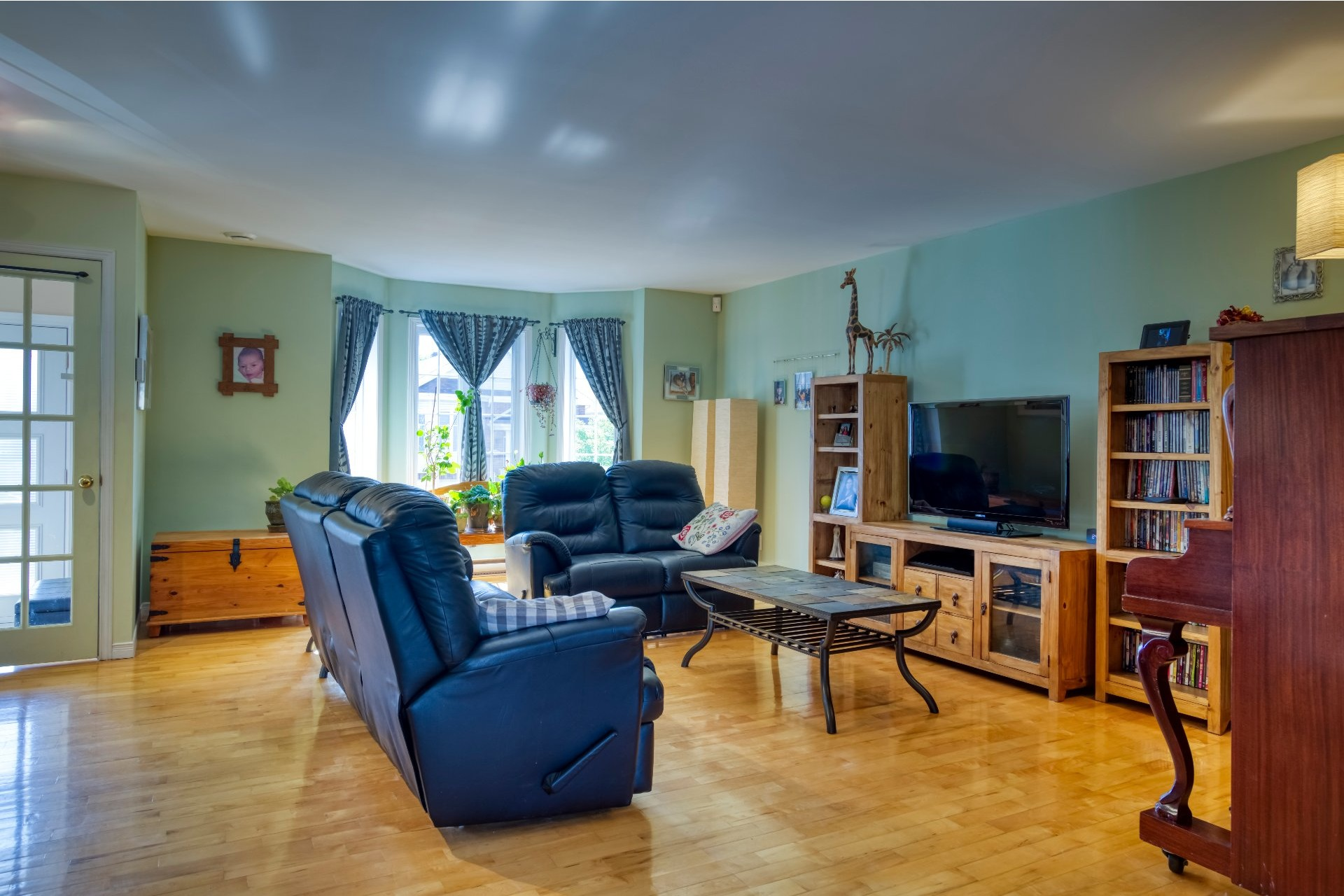House For sale Sainte-Rose Laval  - 8 rooms