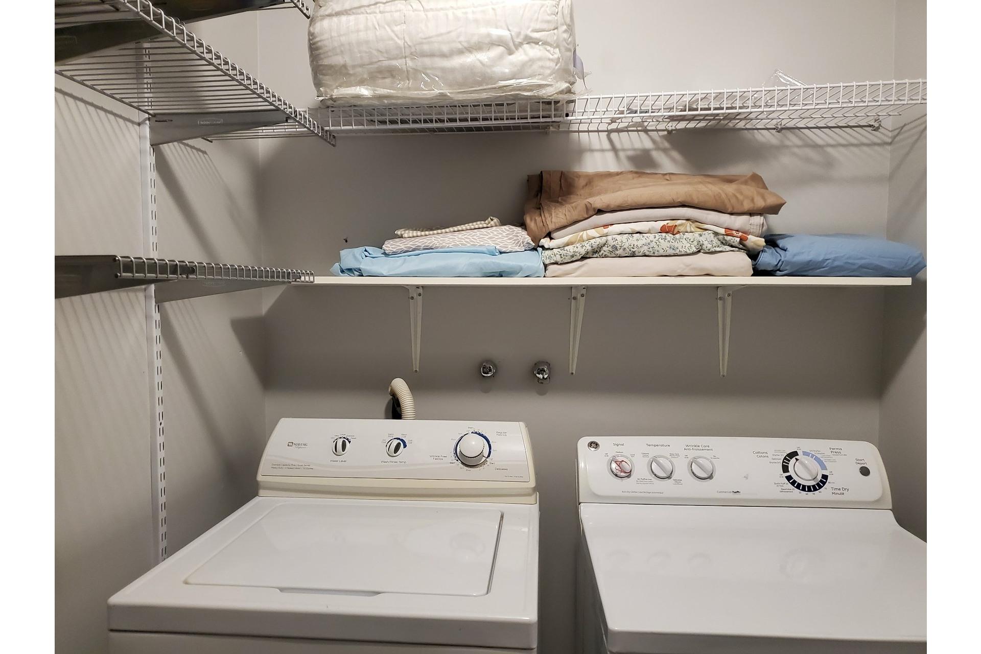 image 26 - Apartment For sale Ville-Marie Montréal  - 5 rooms