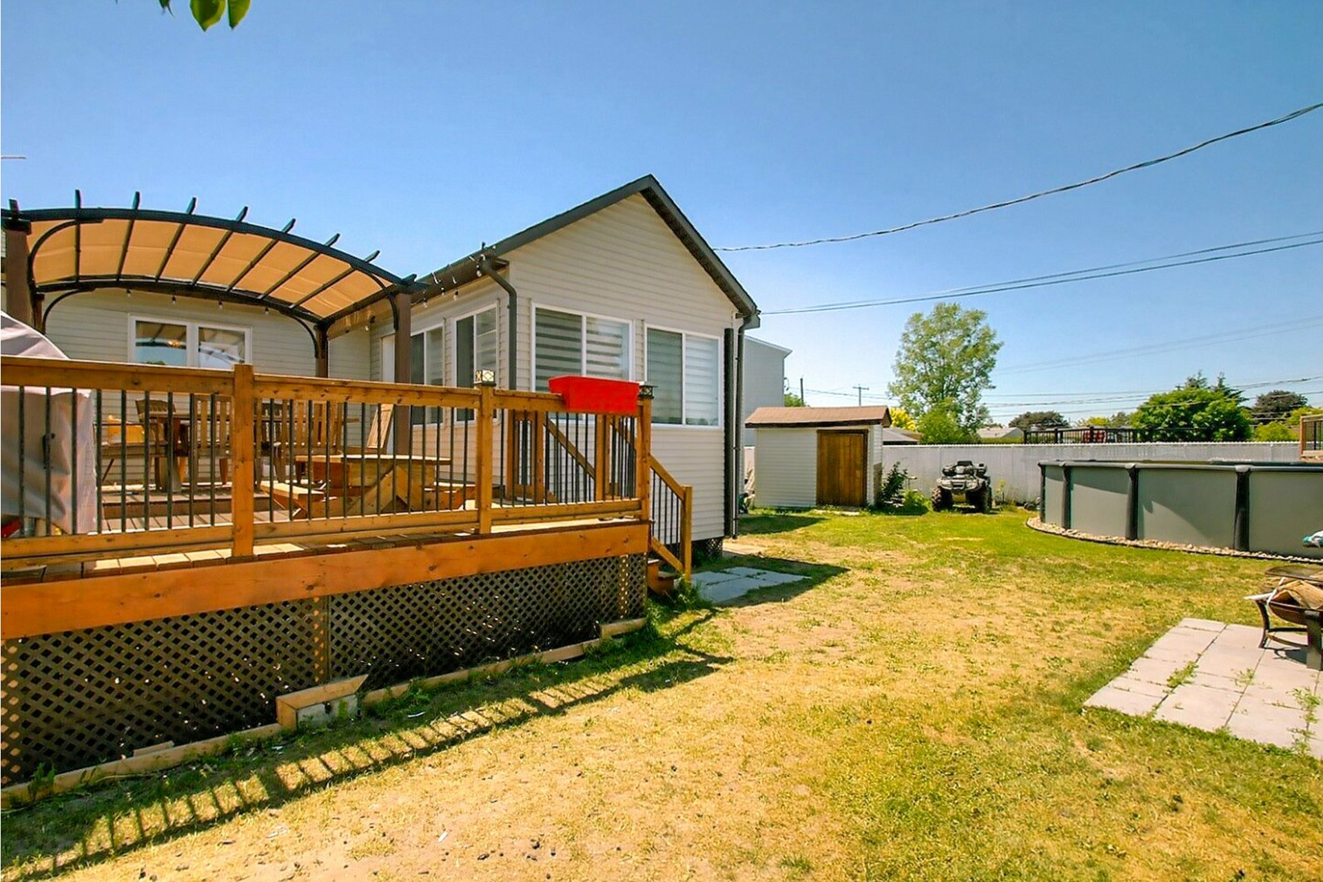 image 3 - House For sale Le Gardeur Repentigny  - 15 rooms