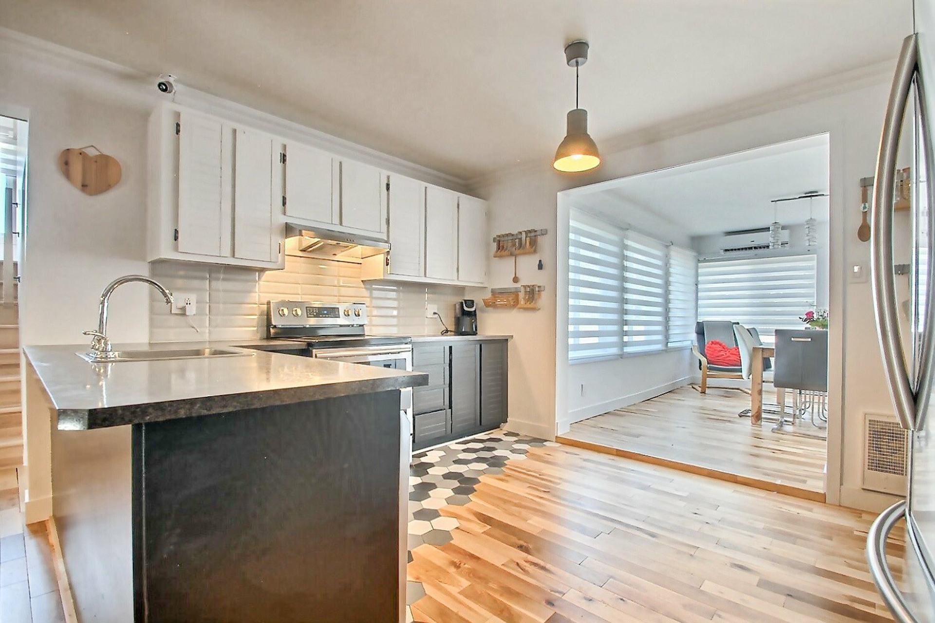 image 13 - House For sale Le Gardeur Repentigny  - 15 rooms